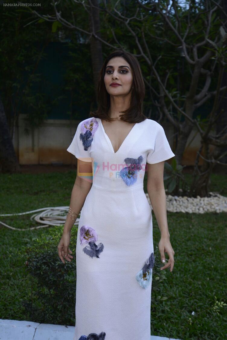 Vaani Kapoor promote Befikre on 1st Dec 2016
