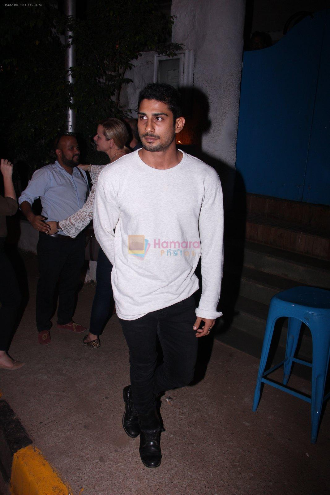 Prateik Babbar at Kunal Rawal's Party on 30th Nov 2016