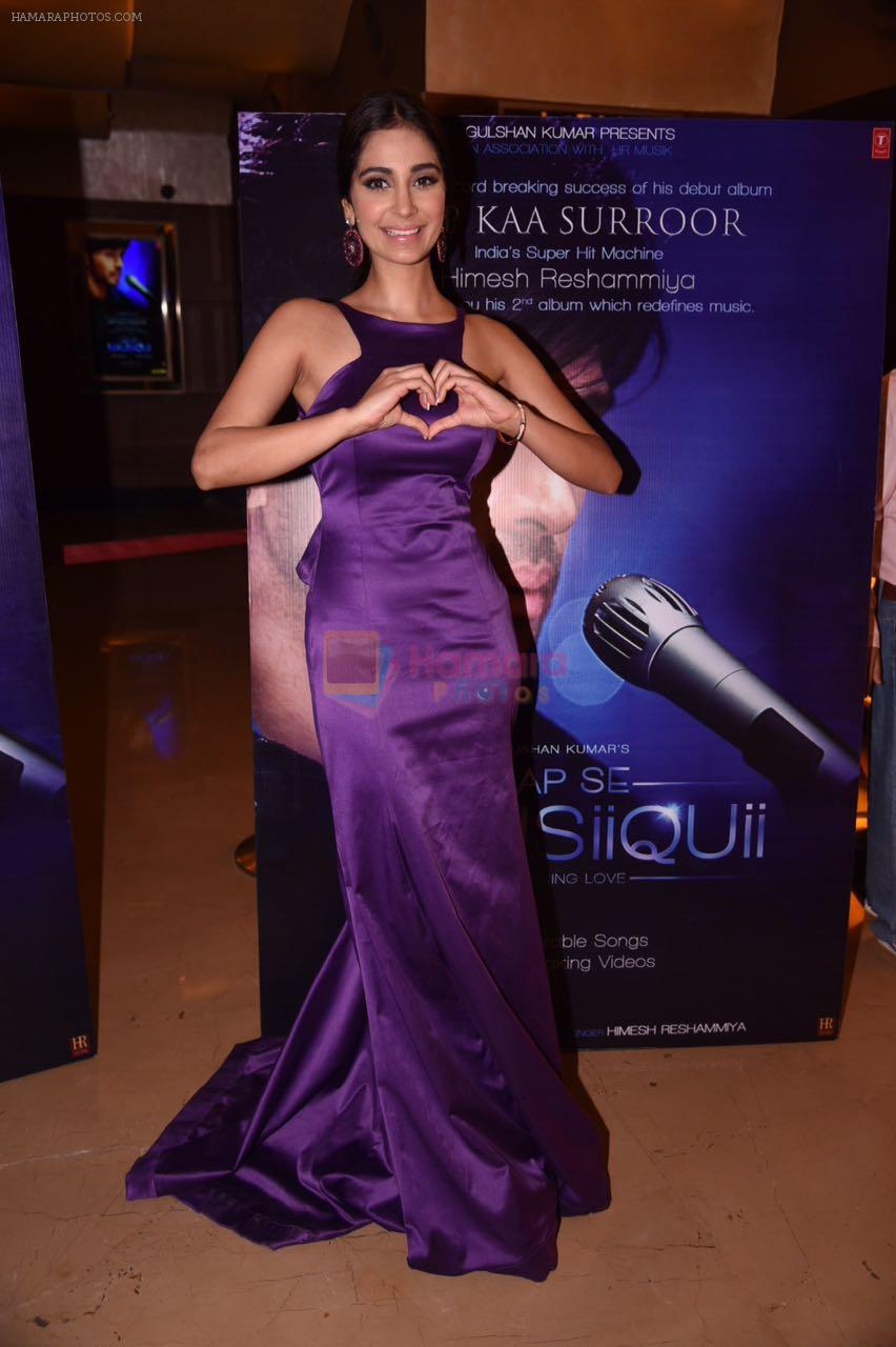 Alankrita Sahai at the launch of Himesh Reshammiya & Lulia Vantur�s album Aap Se Mausiiquii on 5th Dec 2016