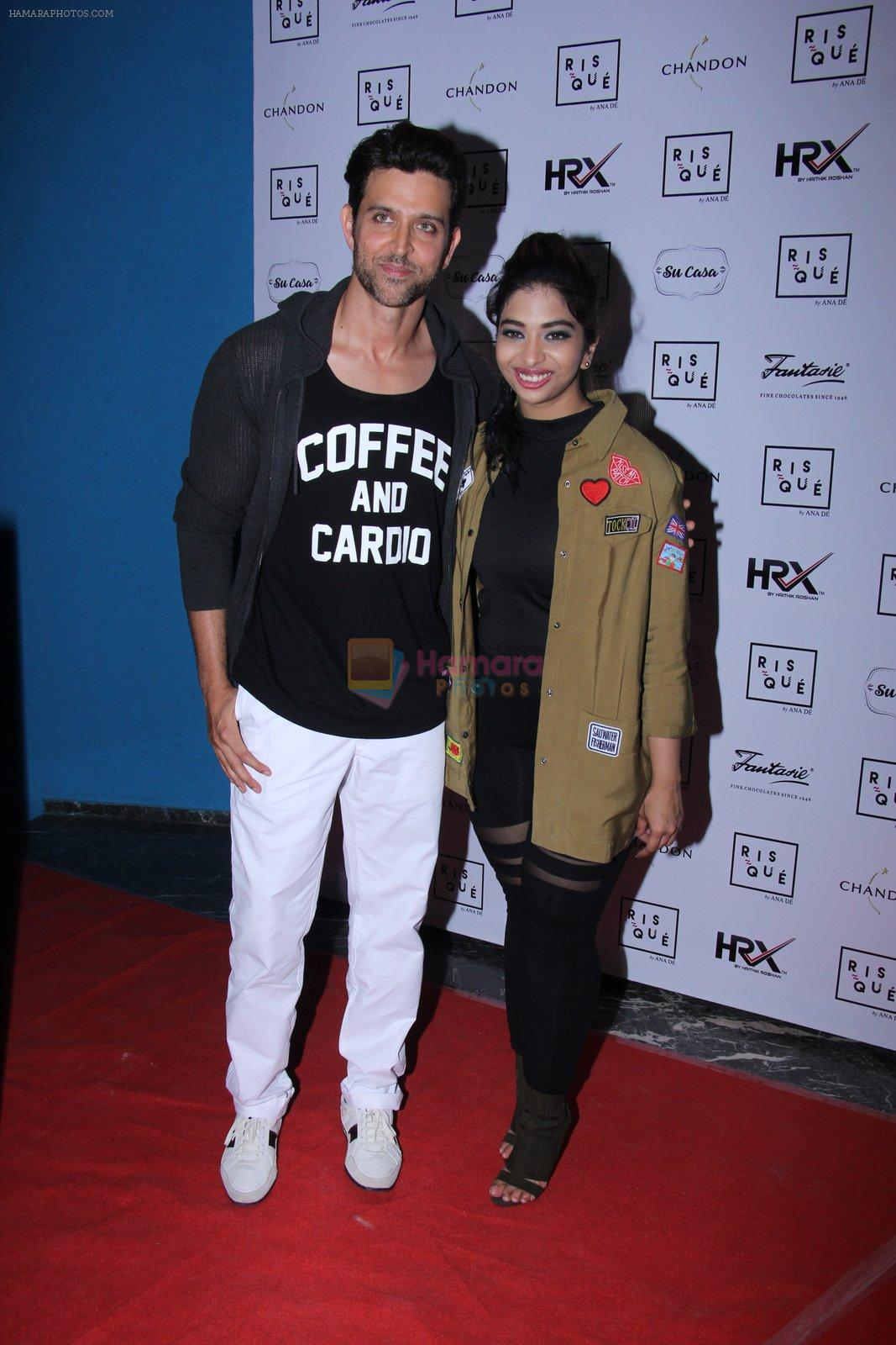 Hrithik Roshan at the launch of Anindita De's blong on 9th Dec 2016