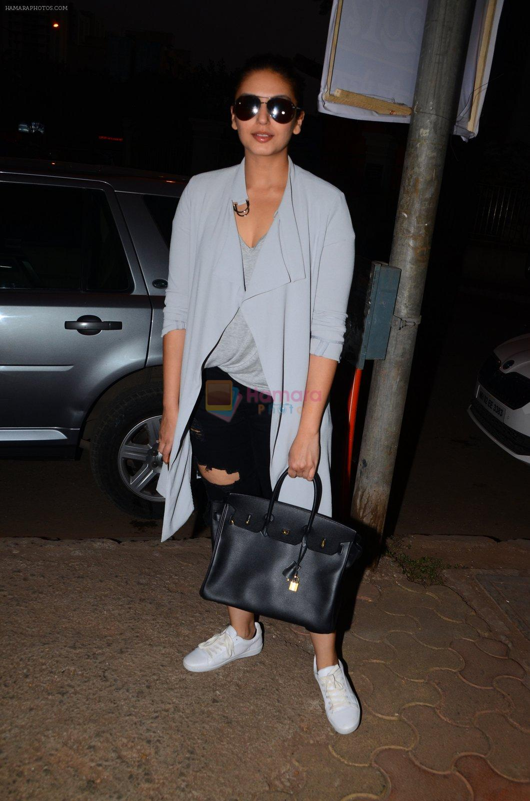 Huma Qureshi snapped post dubbing for her hollywood film Viceroy House on 27th Dec 2016