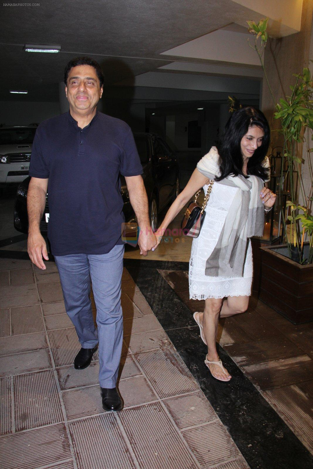 Ronnie Screwvala at Manish Malhotra's bash for Priyanka Chopra on 27th Dec 2016
