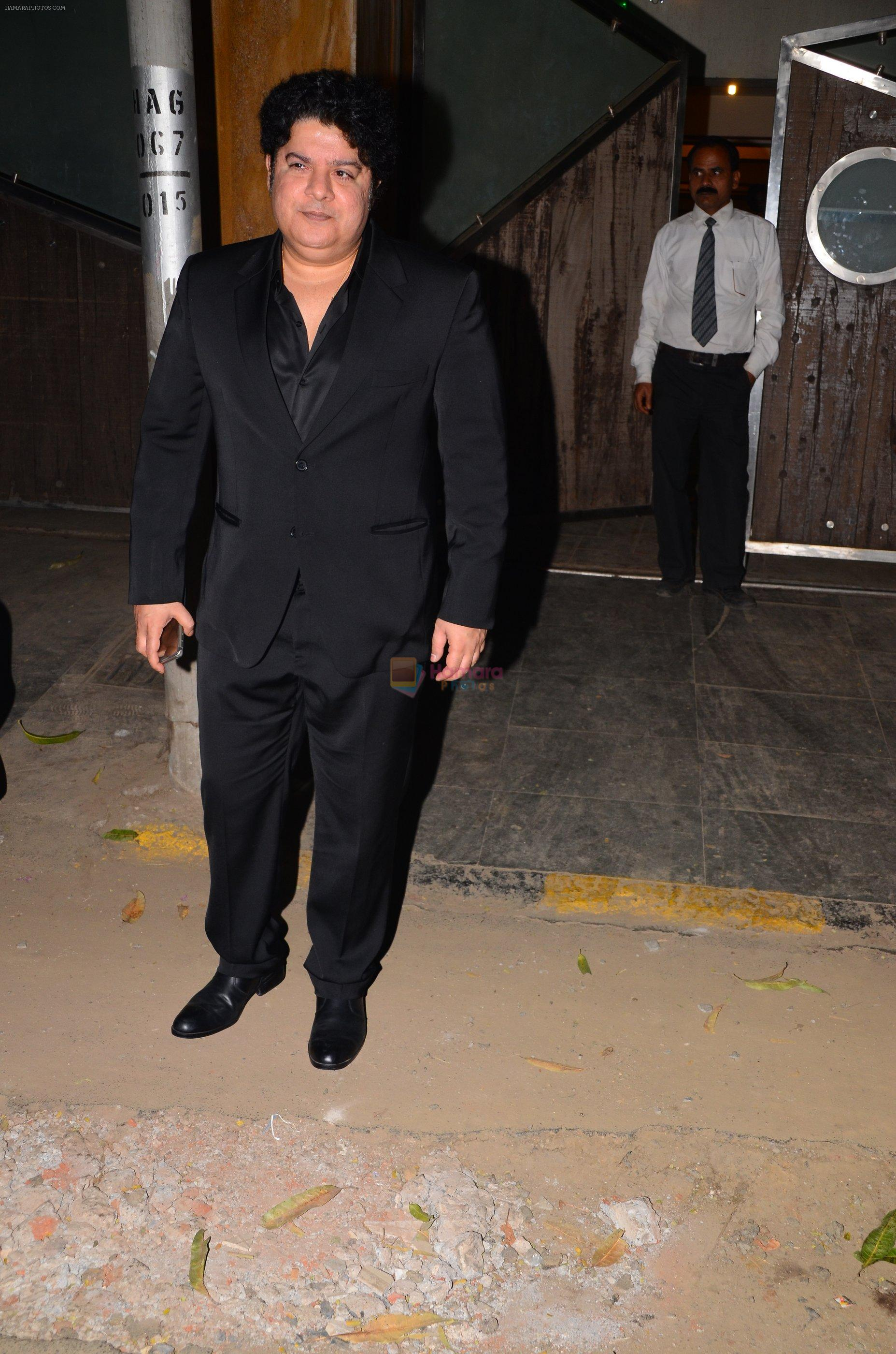 Sajid Khan at party in kareena's house on 31st Dec 2016