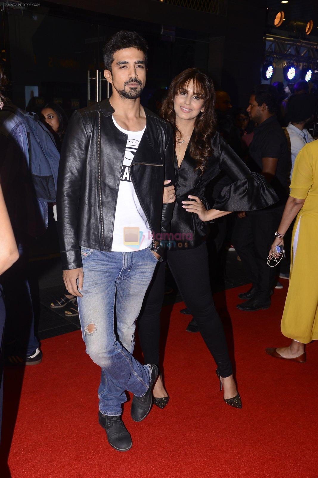 Huma Qureshi, Saqib Saleem at XXX Premiere on 12th Jan 2017