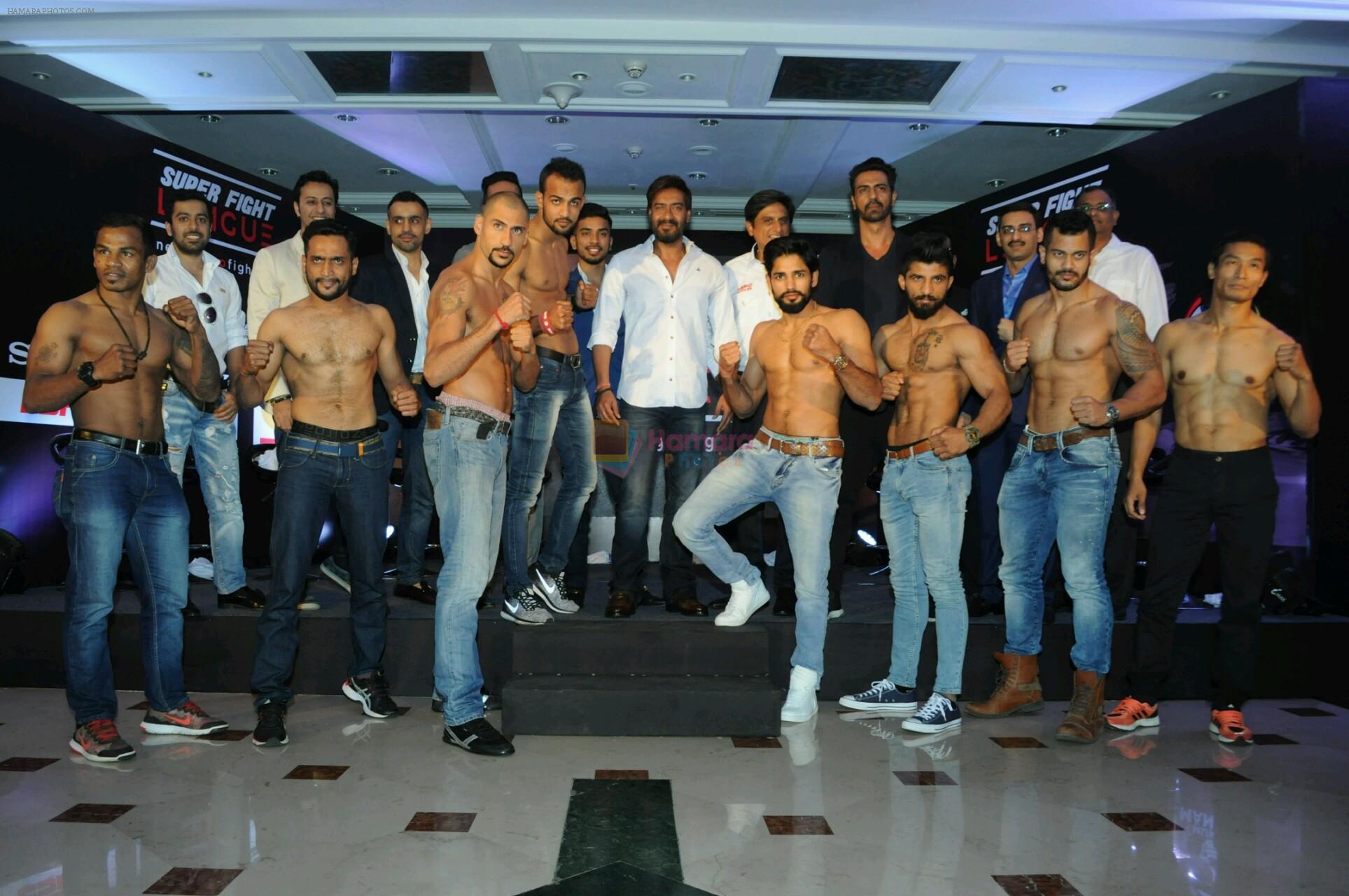 Ajay devgan and arjun rampal at Super Fight League event on 13th Jan 2017