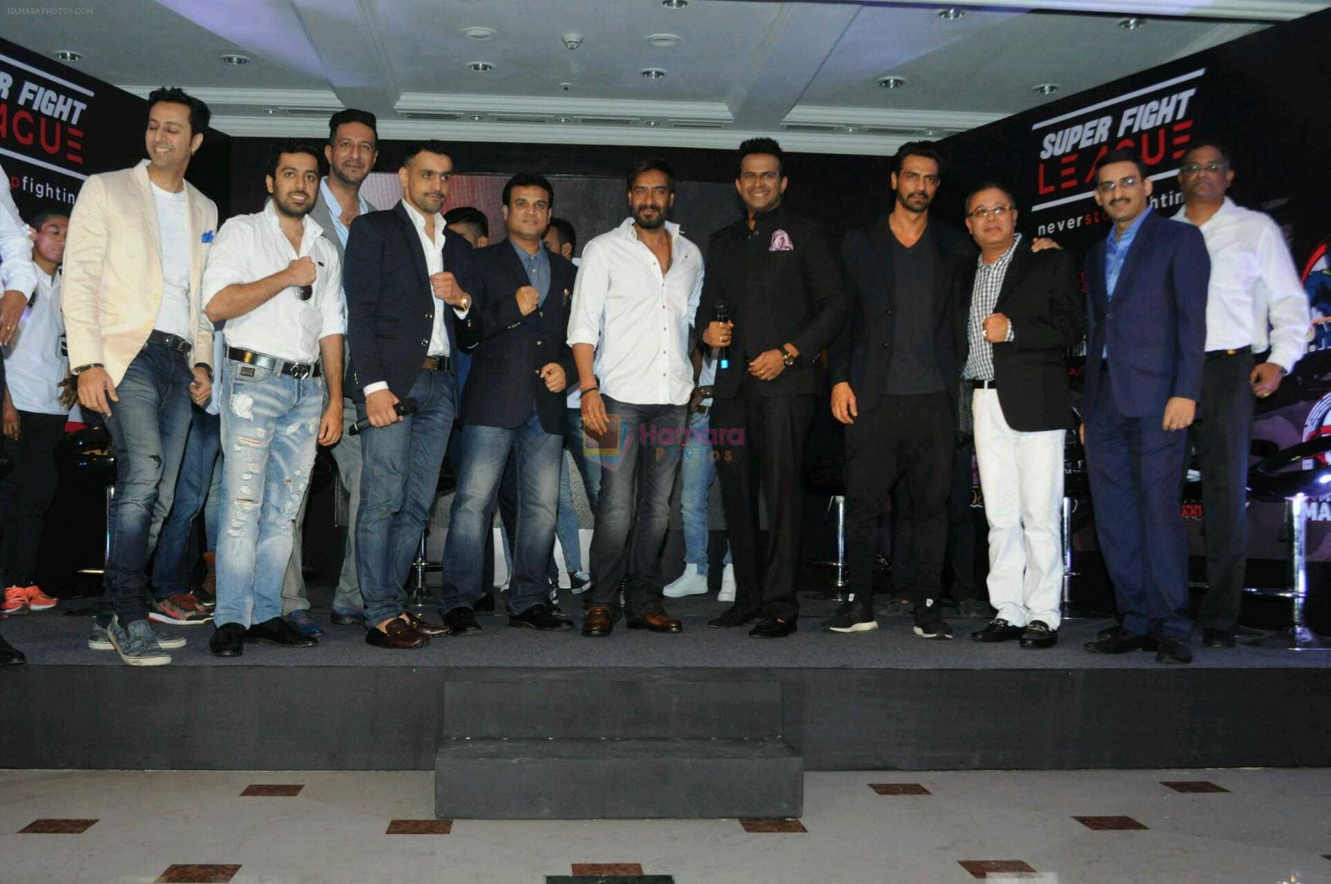 Ajay devgan and arjun rampal at Super Fight League event on 13th Jan 2017