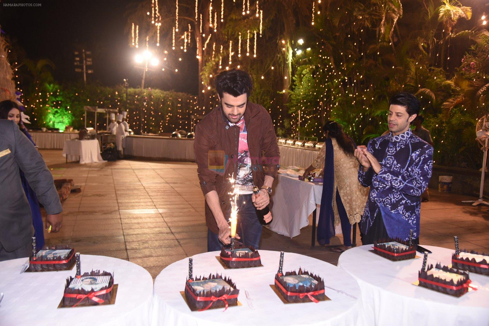 Manish Paul at Roopa and Mitali Vohra's Lohri and caledar launch on 13th Jan 2017