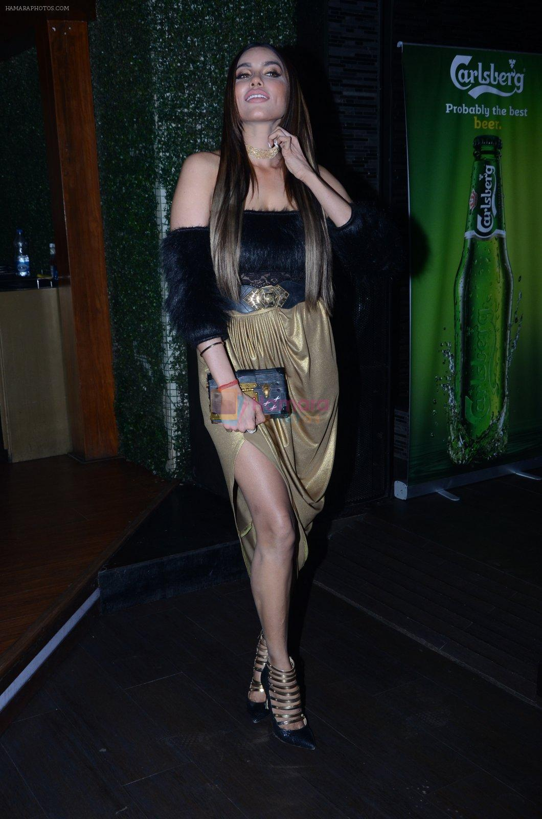 Gizele Thakral at Calendar Launch on 15th Jan 2017