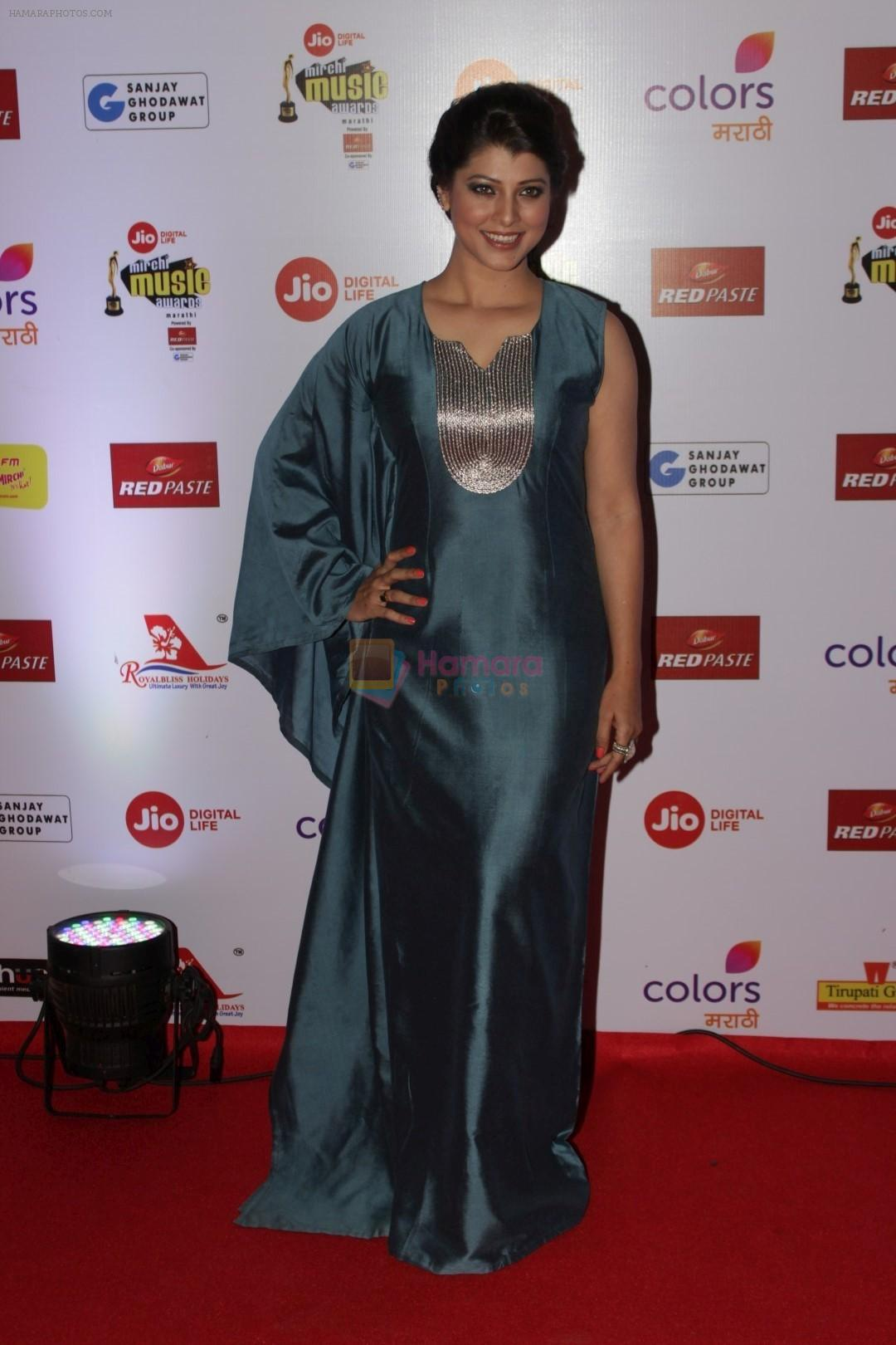 Tejaswini Pandit at The Red Carpet Of Mirchi Music Marathi Awards on 27th Feb 2017