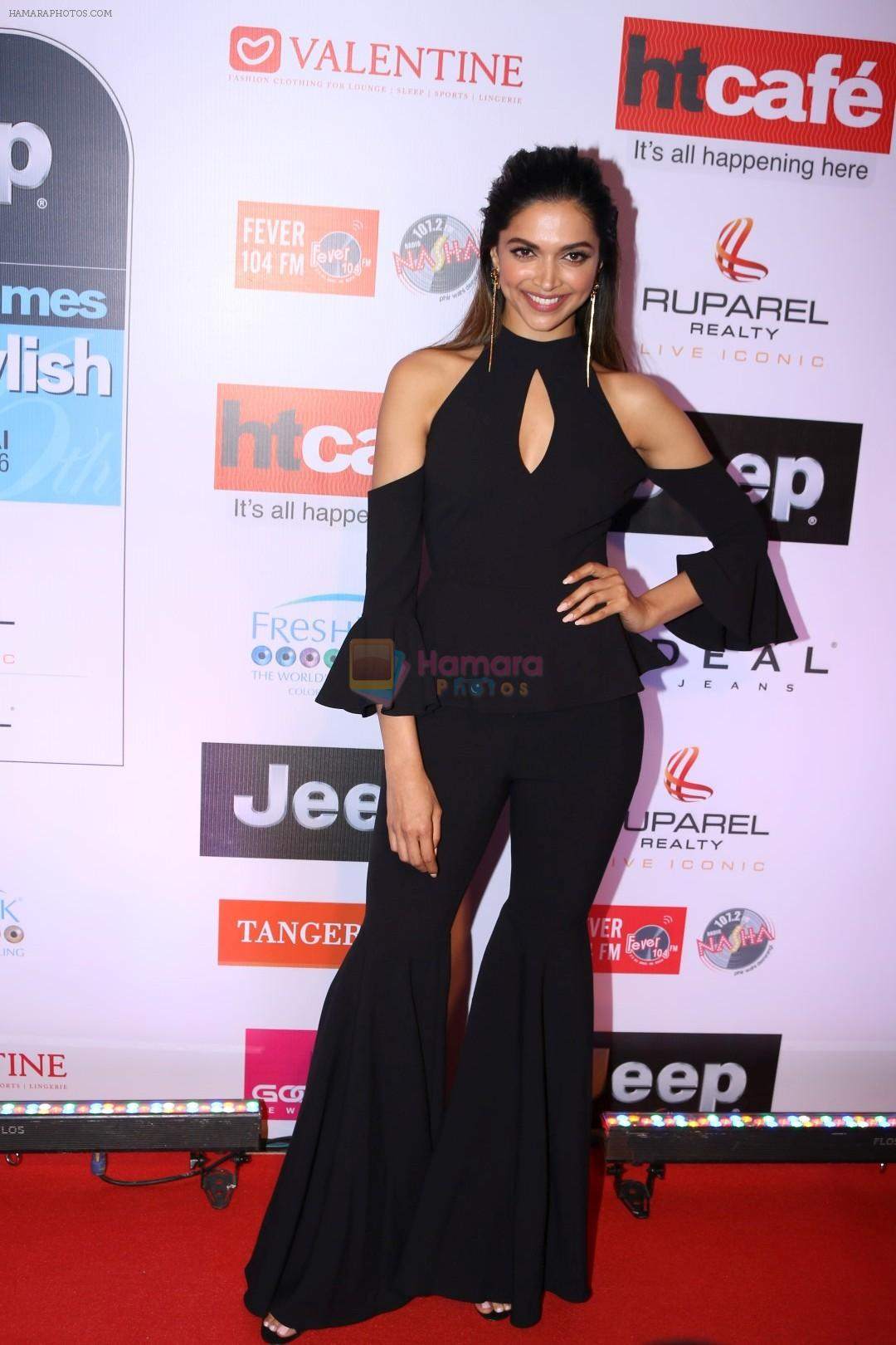 deepika padukone at the red carpet of most stylish awards 2017 on