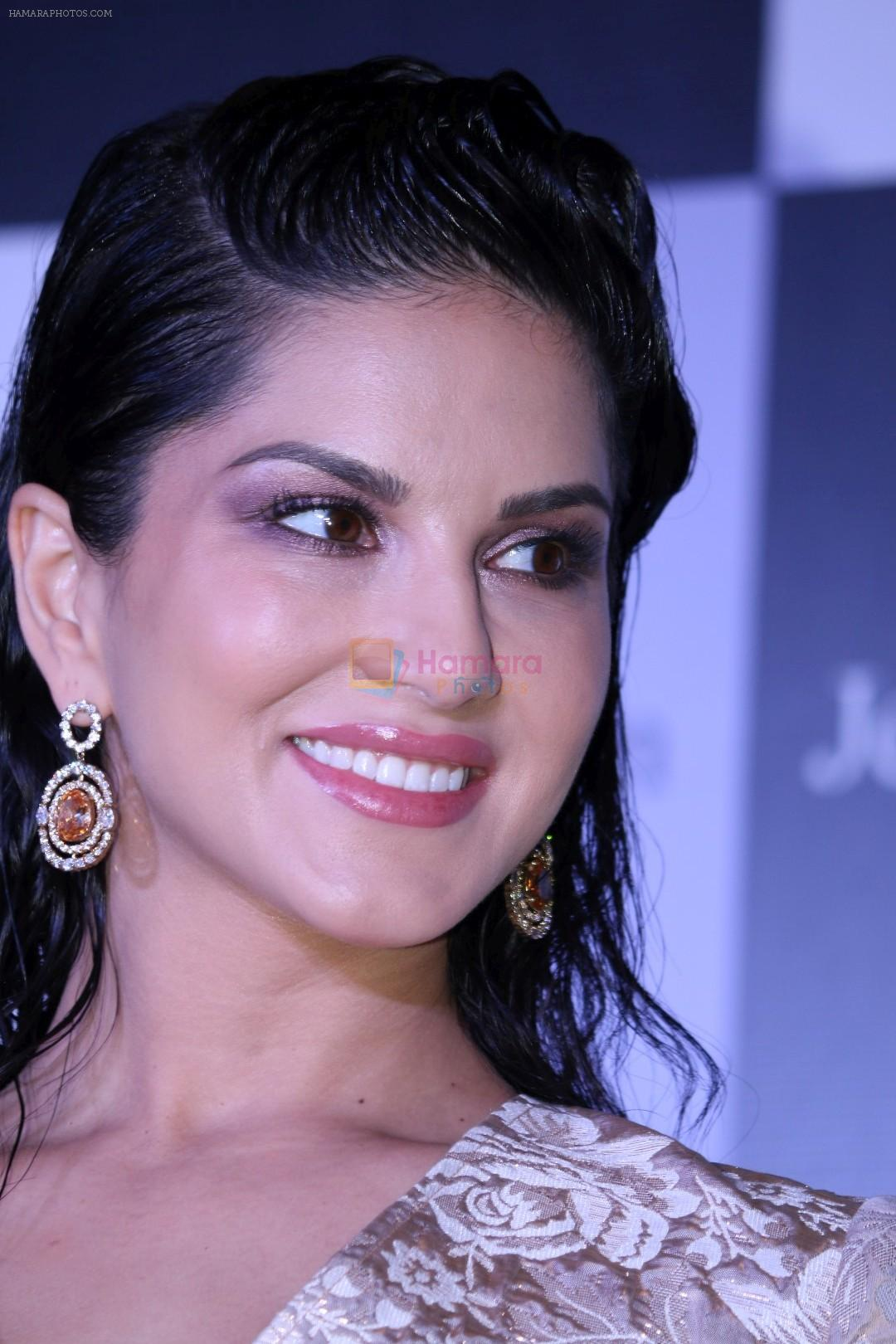 sunny leone at the unveiling of jewelsouk new brand ambassador