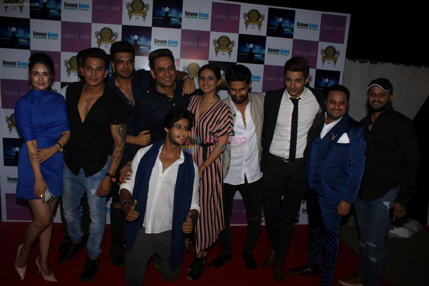 Ravi Dubey at Grand Red Carpet Birthday Party Of Producer Vikas Gupta on 7th May 2017