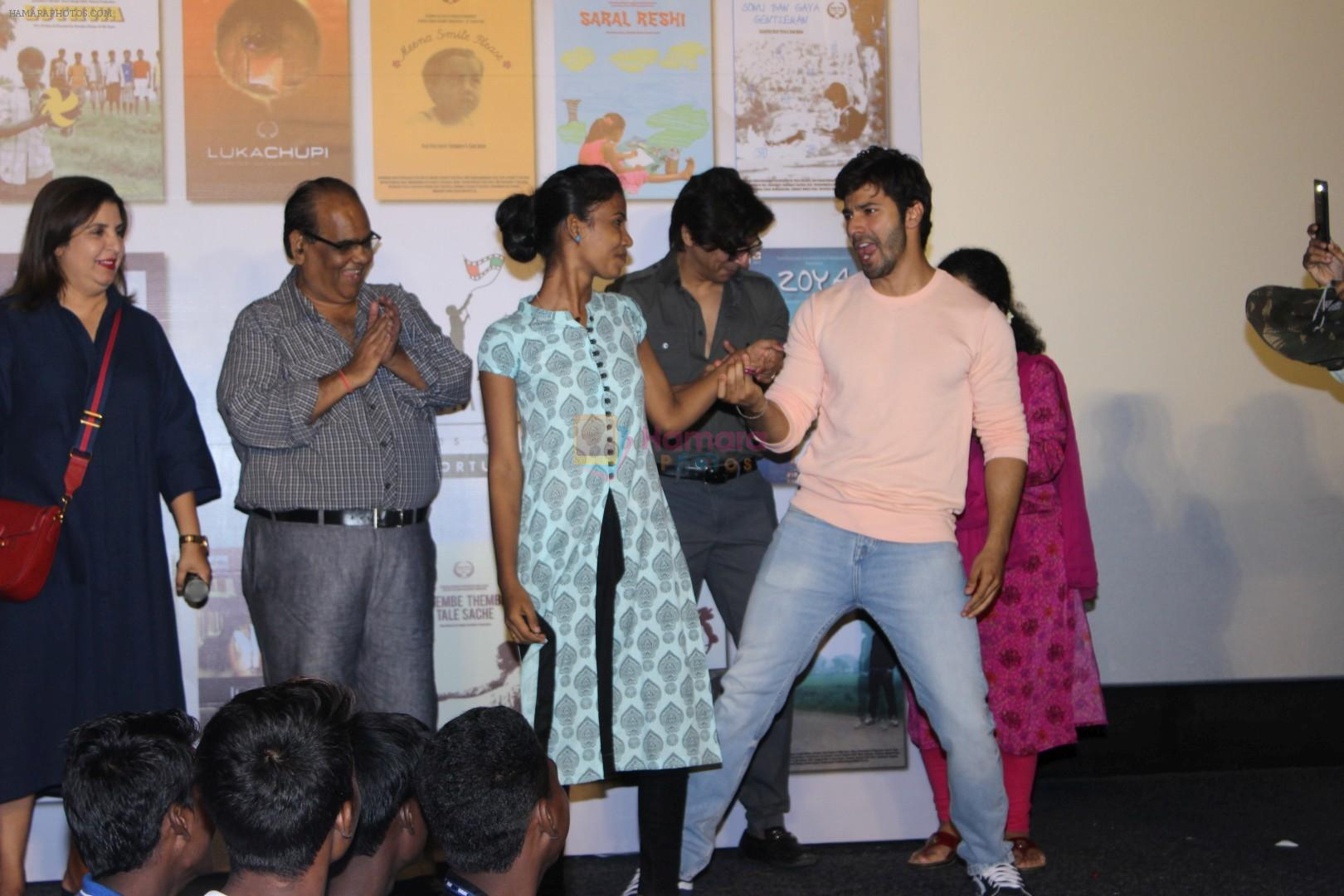 Varun Dhawan Encourage Young Film Makers At Film Festival on 31st May 2017