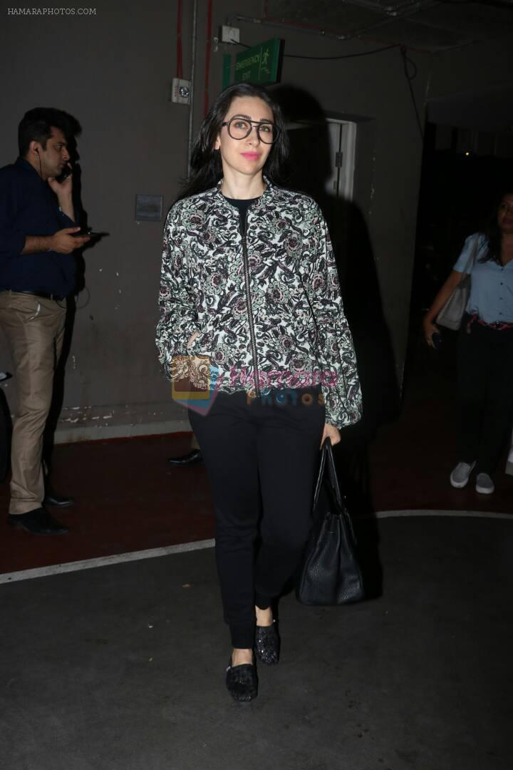 Karisma Kapoor at the airport on 10th June 2017