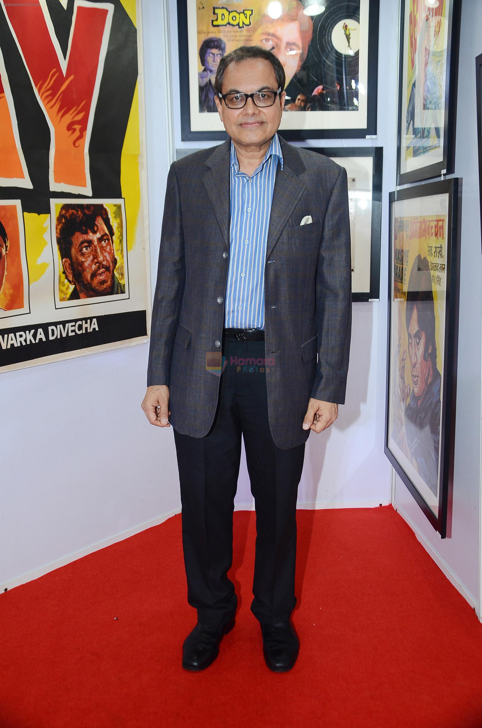 Ajoykant Ruia at the opening preview of Osian's The Greatest Indian Show on Earth 2 - Vintage Film Memorabilia, Publicity Materials & Arts Auction