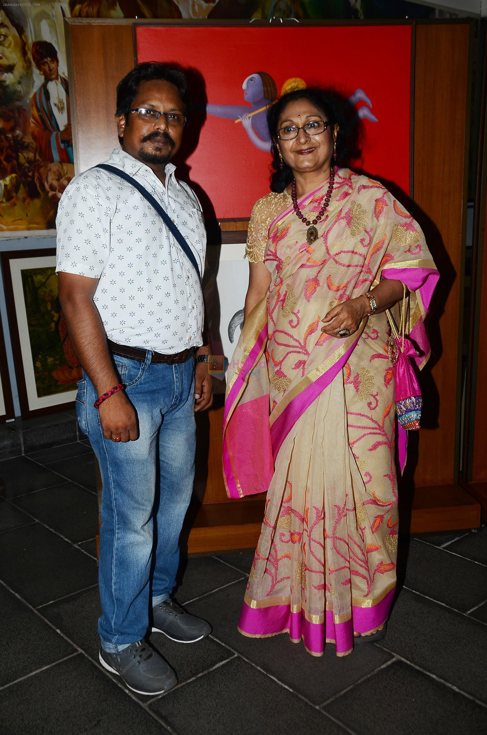 Artists Paramesh Paul and Nayana Kanodia at the opening preview of Osian's The Greatest Indian Show on Earth 2 - Vintage Film Memorabilia, Publicity Materials & Arts Auction