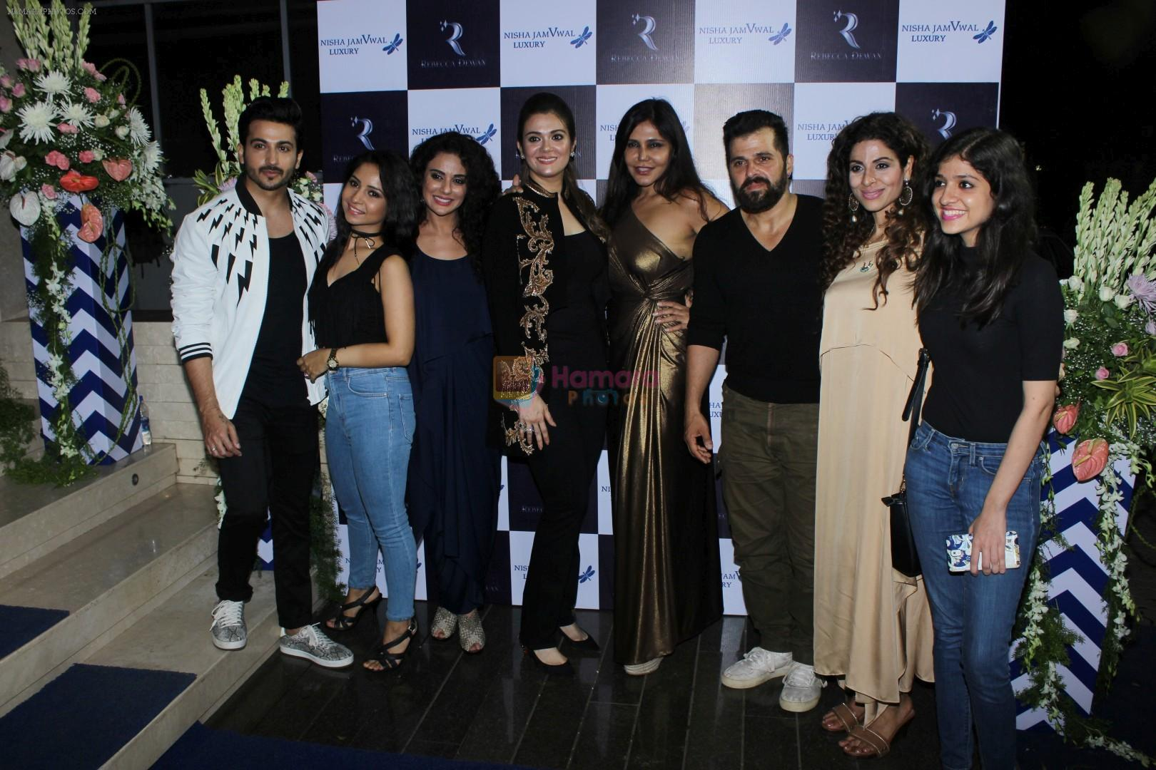 Tanaaz Irani, Bhaktiyar Irani, Nisha Jamwal, Rebecca Dewan at Bahraini Royal Fashion Store on 20th June 2017