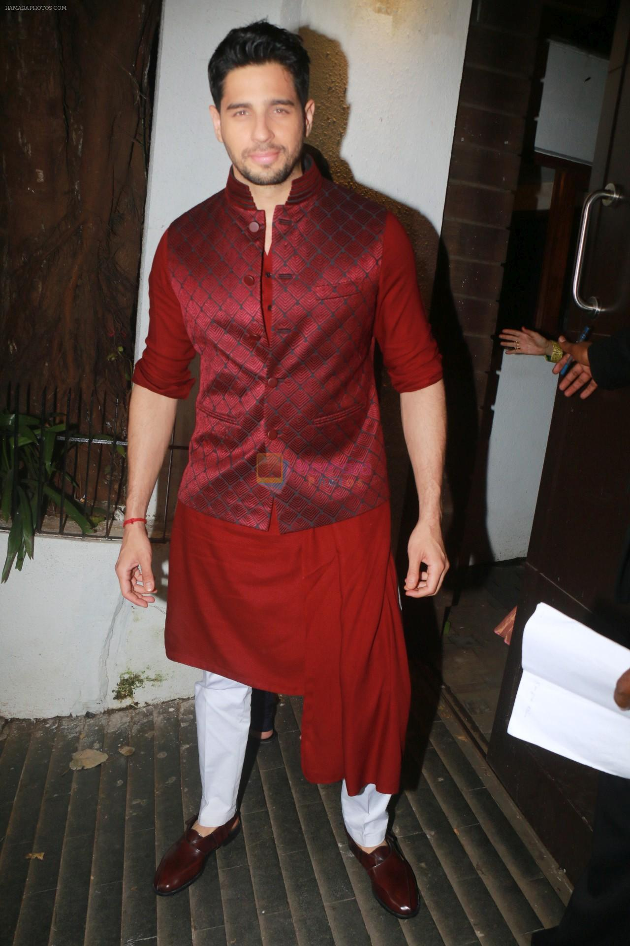 Siddharth Malhotra Pyjama Kurta