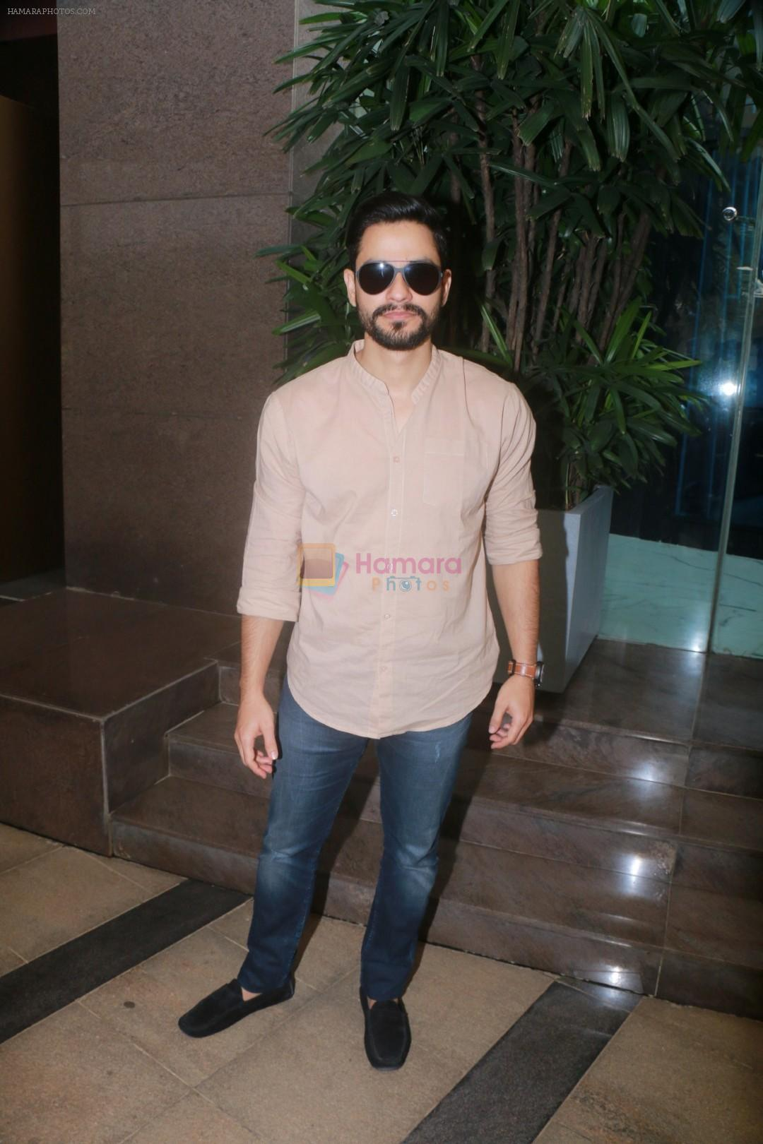 Kunal Khemu with Golmaal Again Team Spotted At Yauatcha Restaurant on 23rd Oct 2017