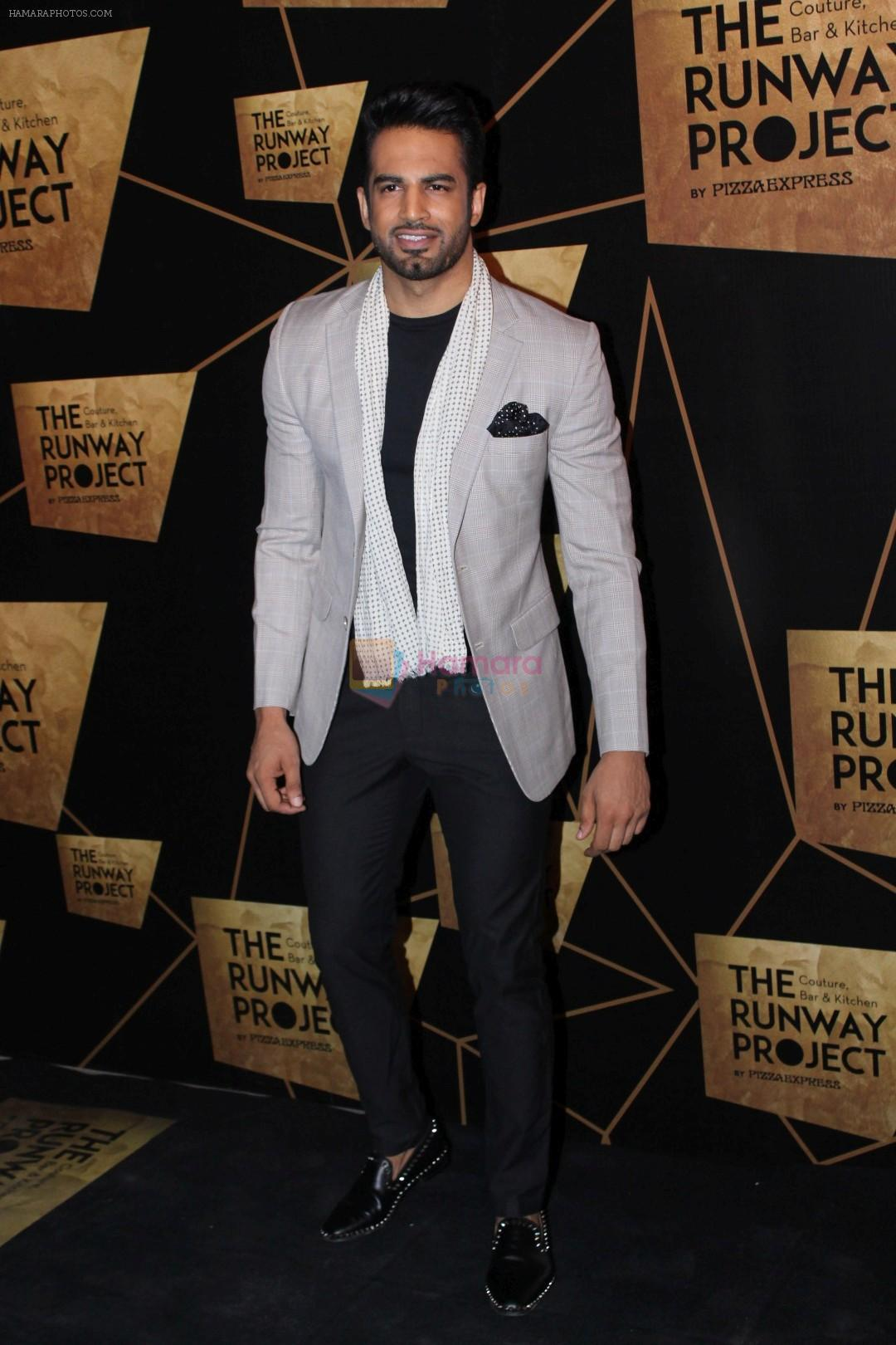 Upen Patel at the Red Carpet Of The Runway Project on 20th Nov 2017