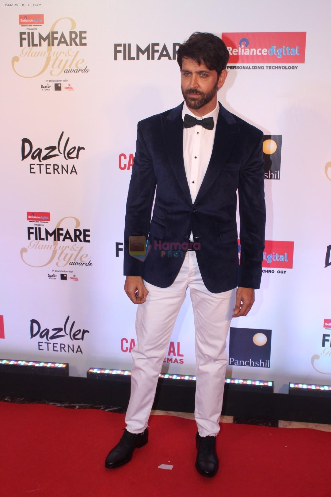 Hrithik Roshan at the Red Carpet Of Filmfare Glamour & Style Awards on 1st Dec 2017