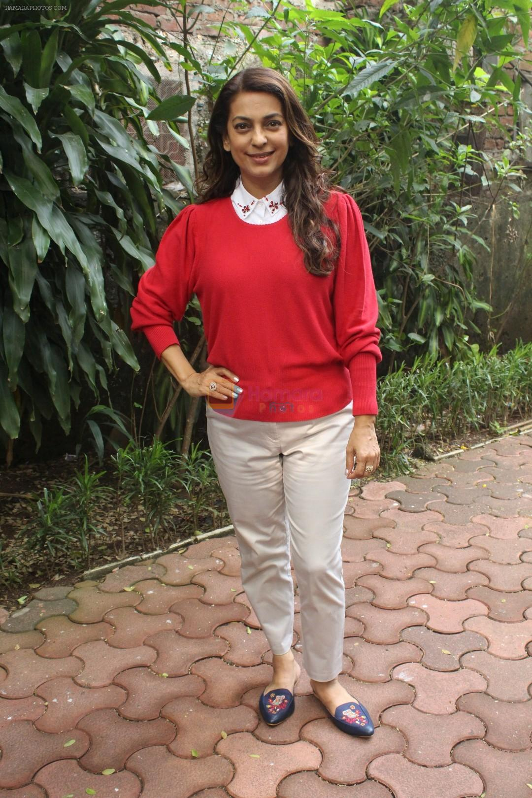 Juhi Chawla Support Plastic free Cuffe Parade Campaign on 10th Dec 2017