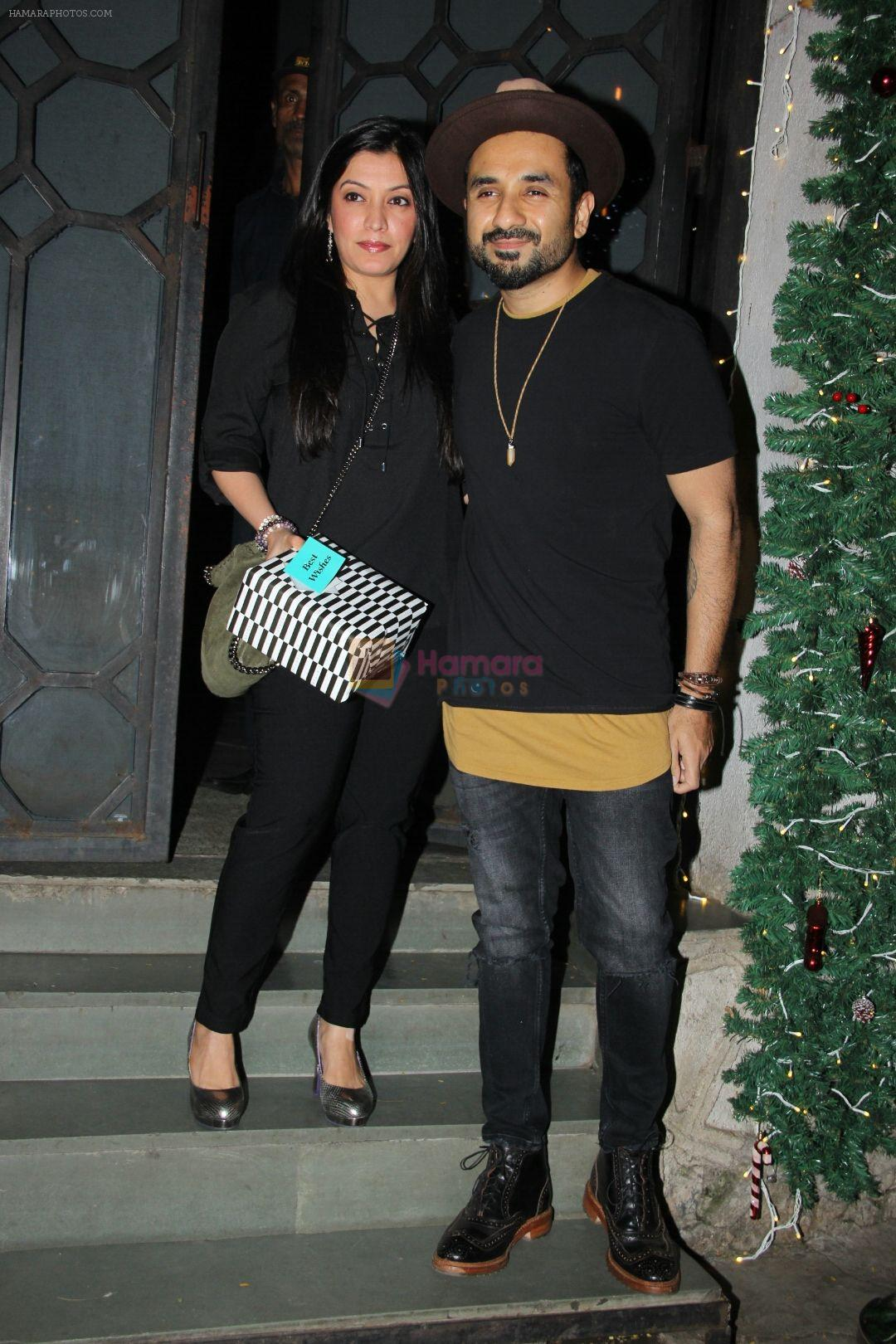 Vir Das at Richa Chadda's party in Korner house on 23rd Dec 2017