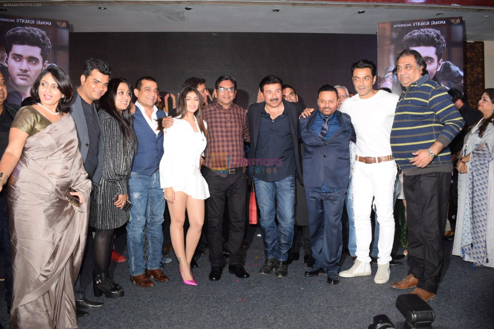 Sunny Deol, Bobby Deol, Anil Sharma, Ishita Chauhan at Successful Post Shoot Wrap Up Party On Anil Shrma Birthday on 7th March 2018