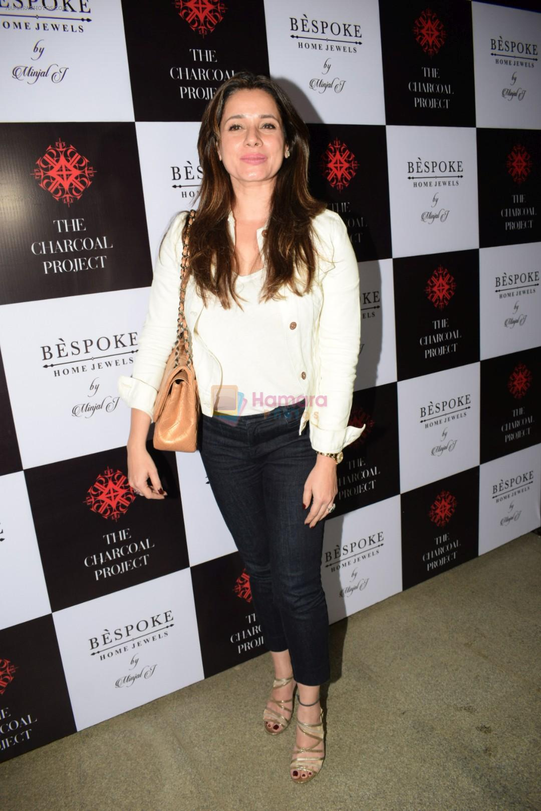 Neelam Kothari At The Launch Of Bespoke Home Jewels By Minjal Jhaveri on 13th April 2018