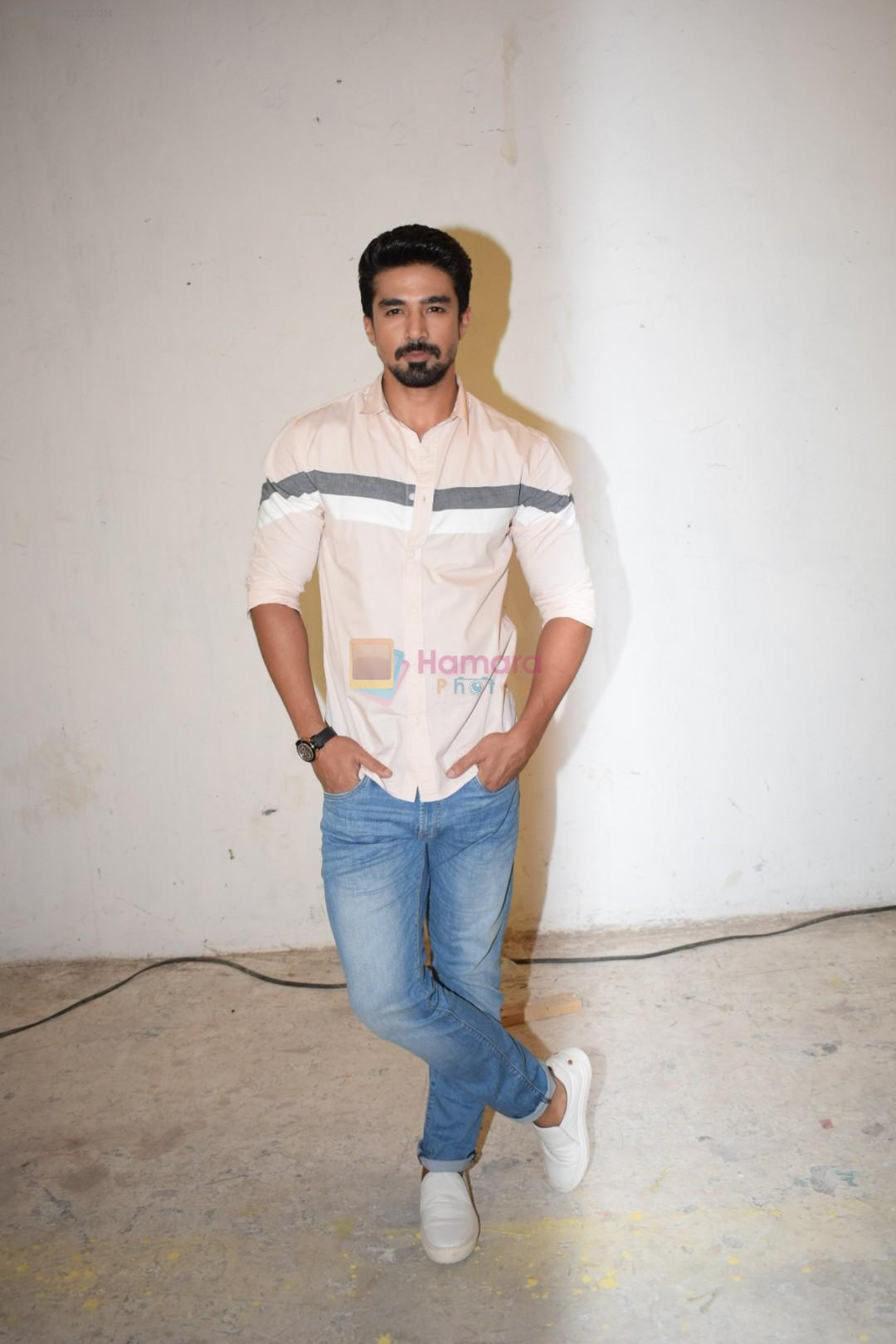 Saqib Saleem at Veere Di Wedding media interactions at Sunny Sound juhu on 19th May 2018