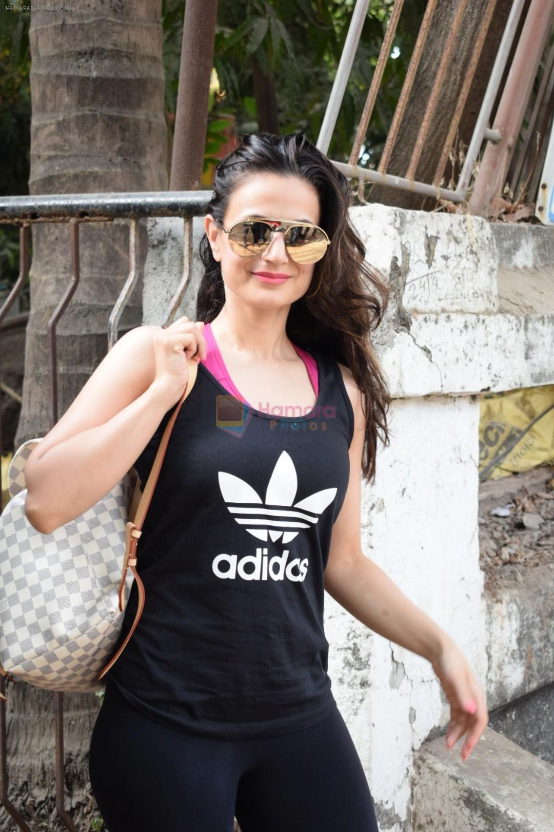 Ameesha Patel spotted at kromakey juhu on 29th May 2018