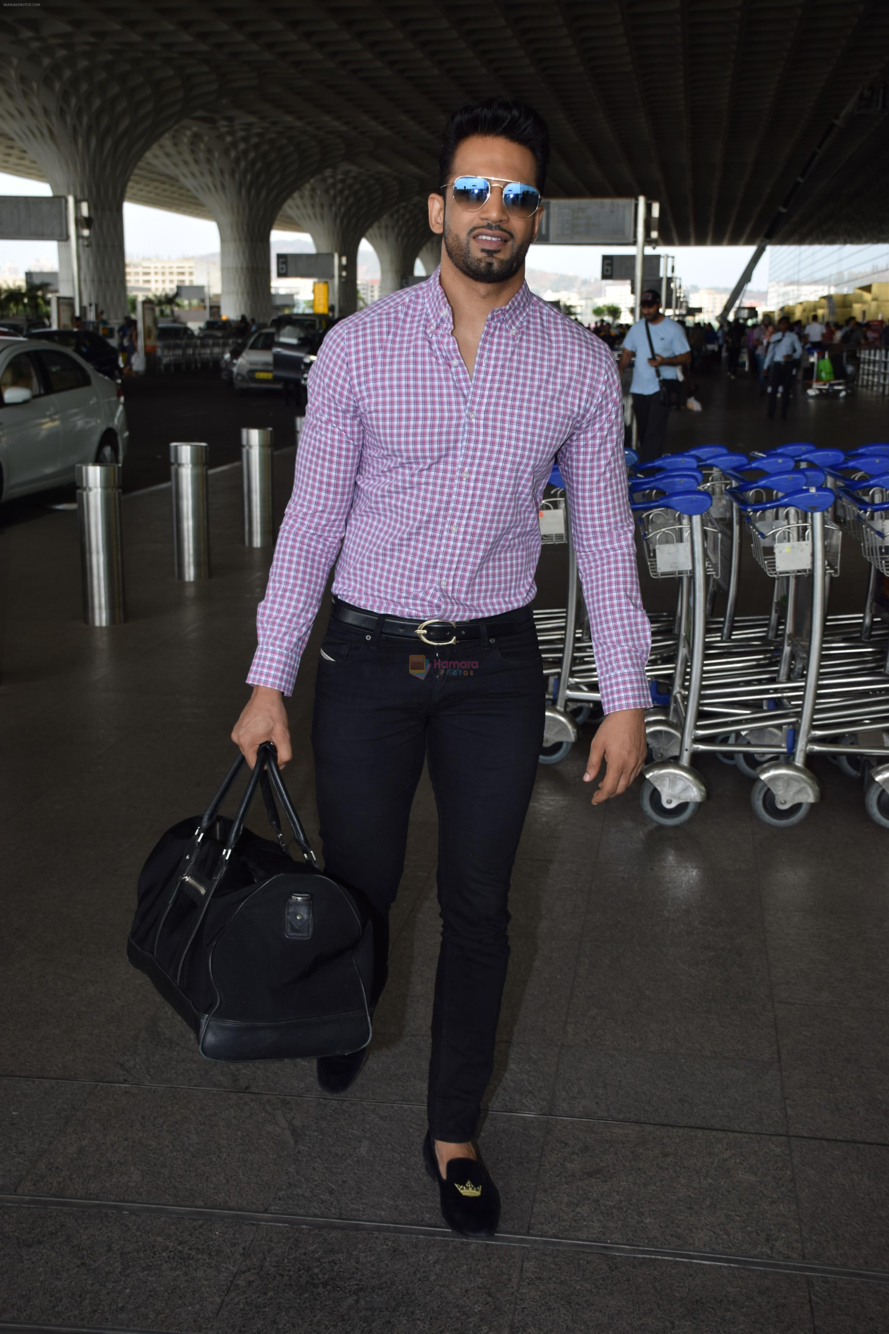 Upen Patel Spotted At Airport on 4th June 2018
