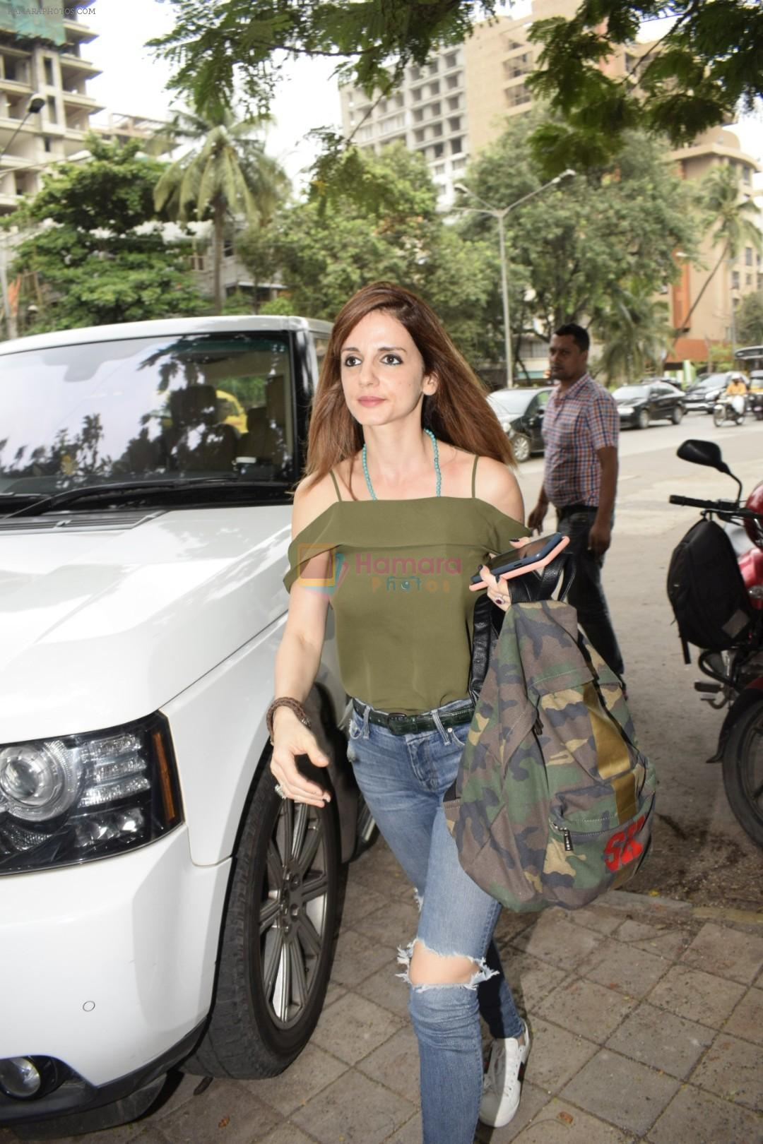 Suzanne Khan spotted at Kromakay salon in juhu on 12th June 2018
