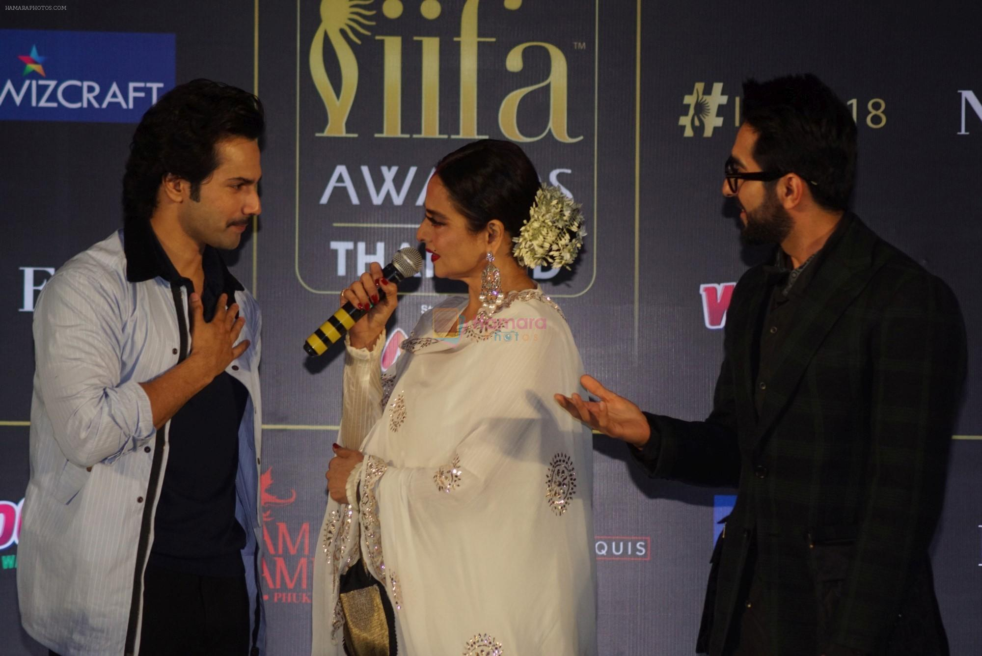 Rekha, Varun Dhawan, Ayushmann Khurrana at IIFA press conference in jw marriott juhu on 12th June 2018