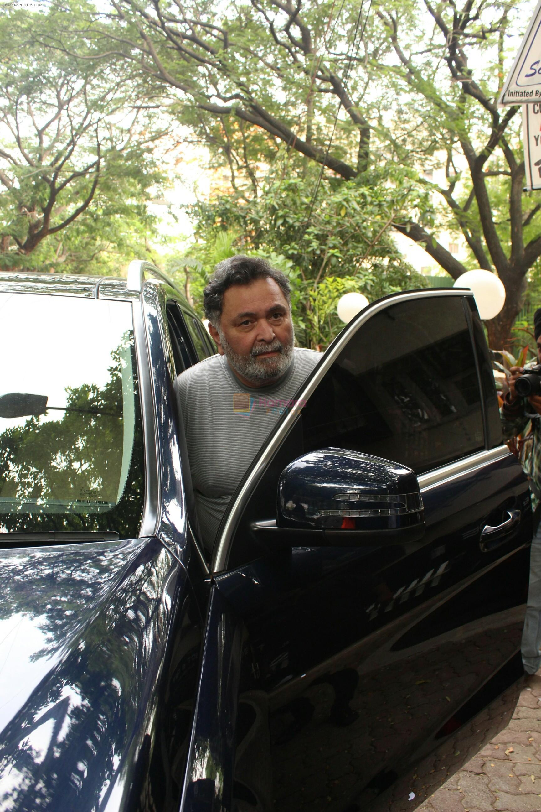 Rishi Kapoor spotted at bandra on 14th June 2018