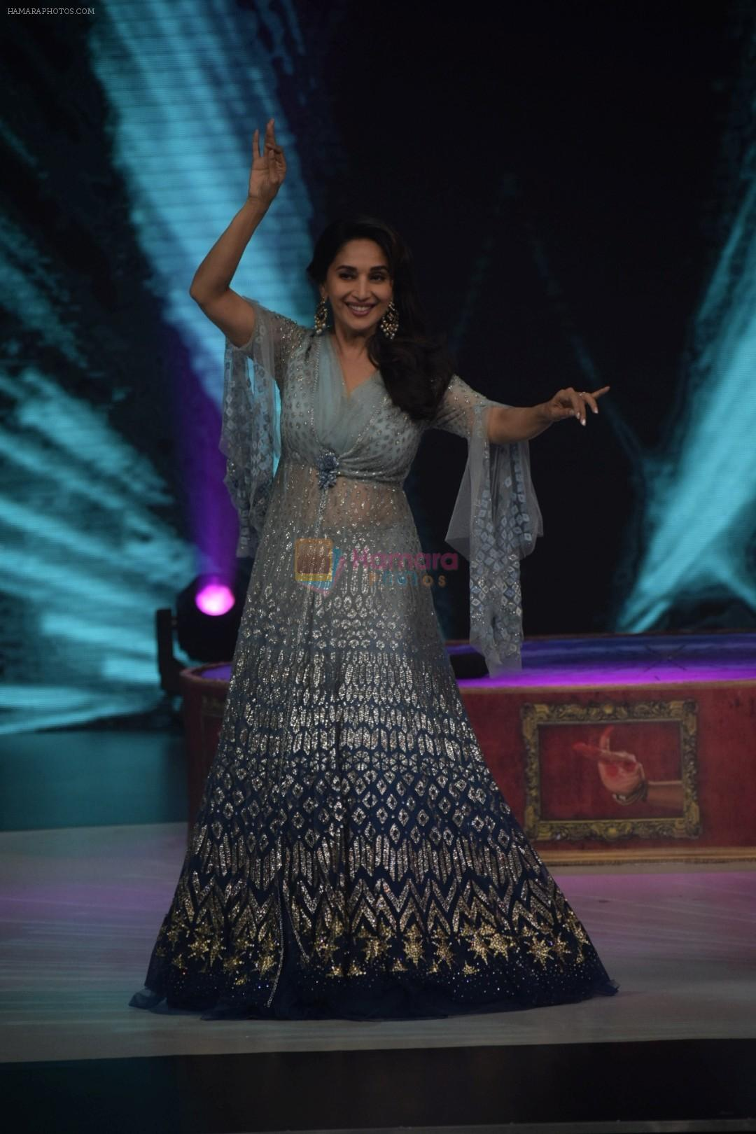 Madhuri Dixit on the sets of Colors dance realty show Dance Deewane in filmcity on 13th June 2018