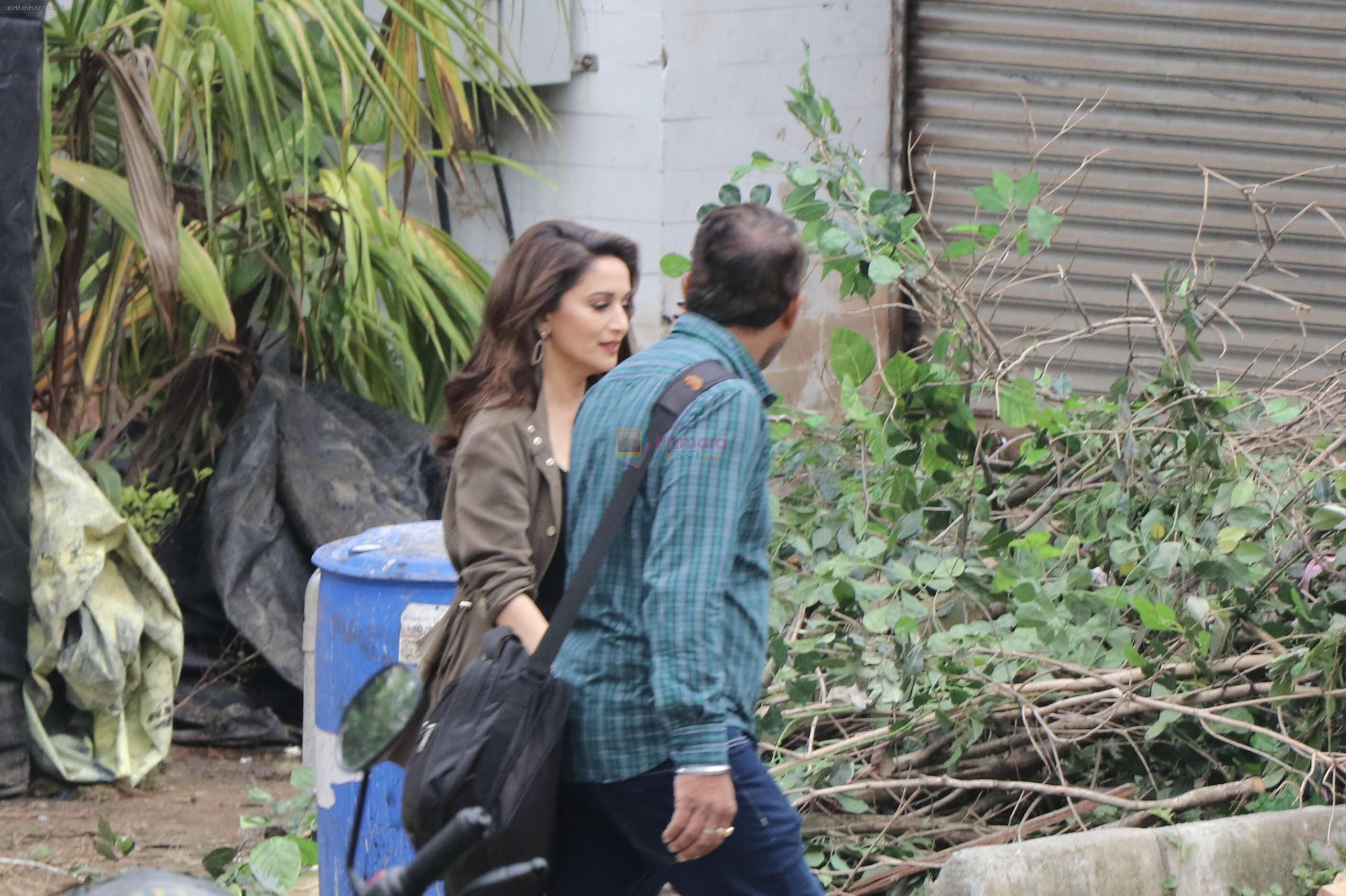 Madhuri dixit nene spotted on sets of total dhamaal on 21st June 2018