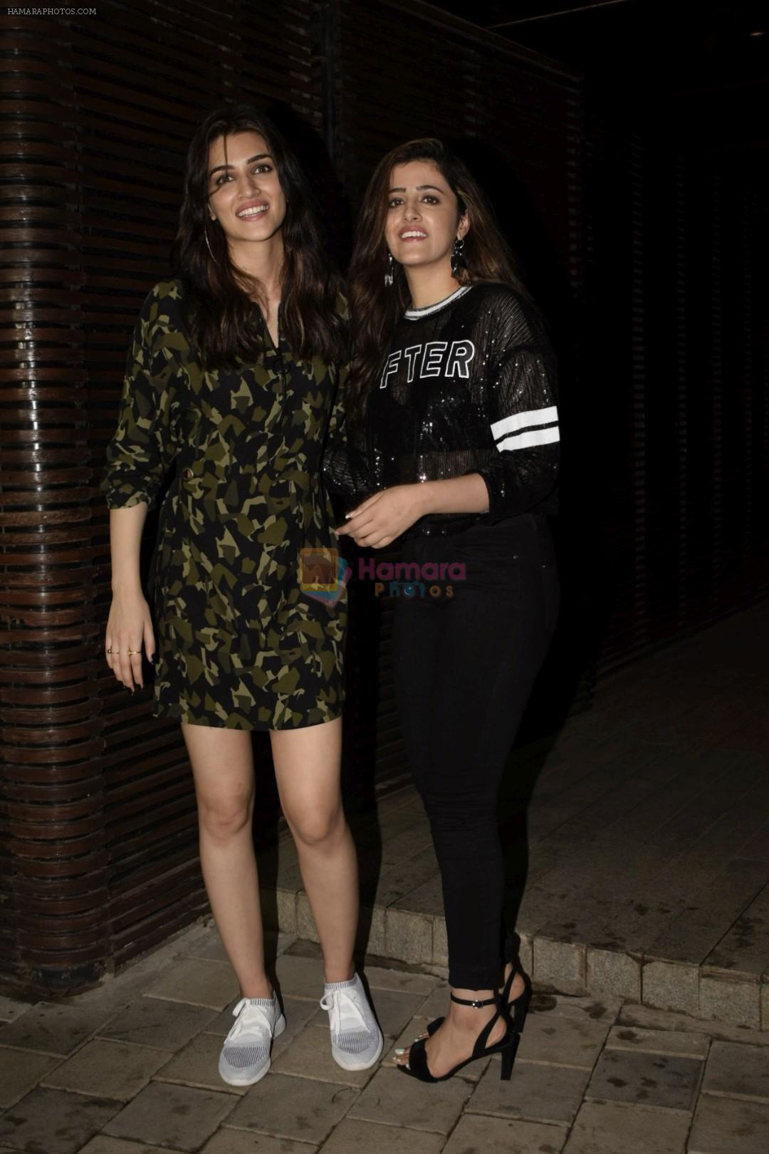 Kriti Sanon at Anand L Rai's birthday party in Estella juhu on 27th June 2018