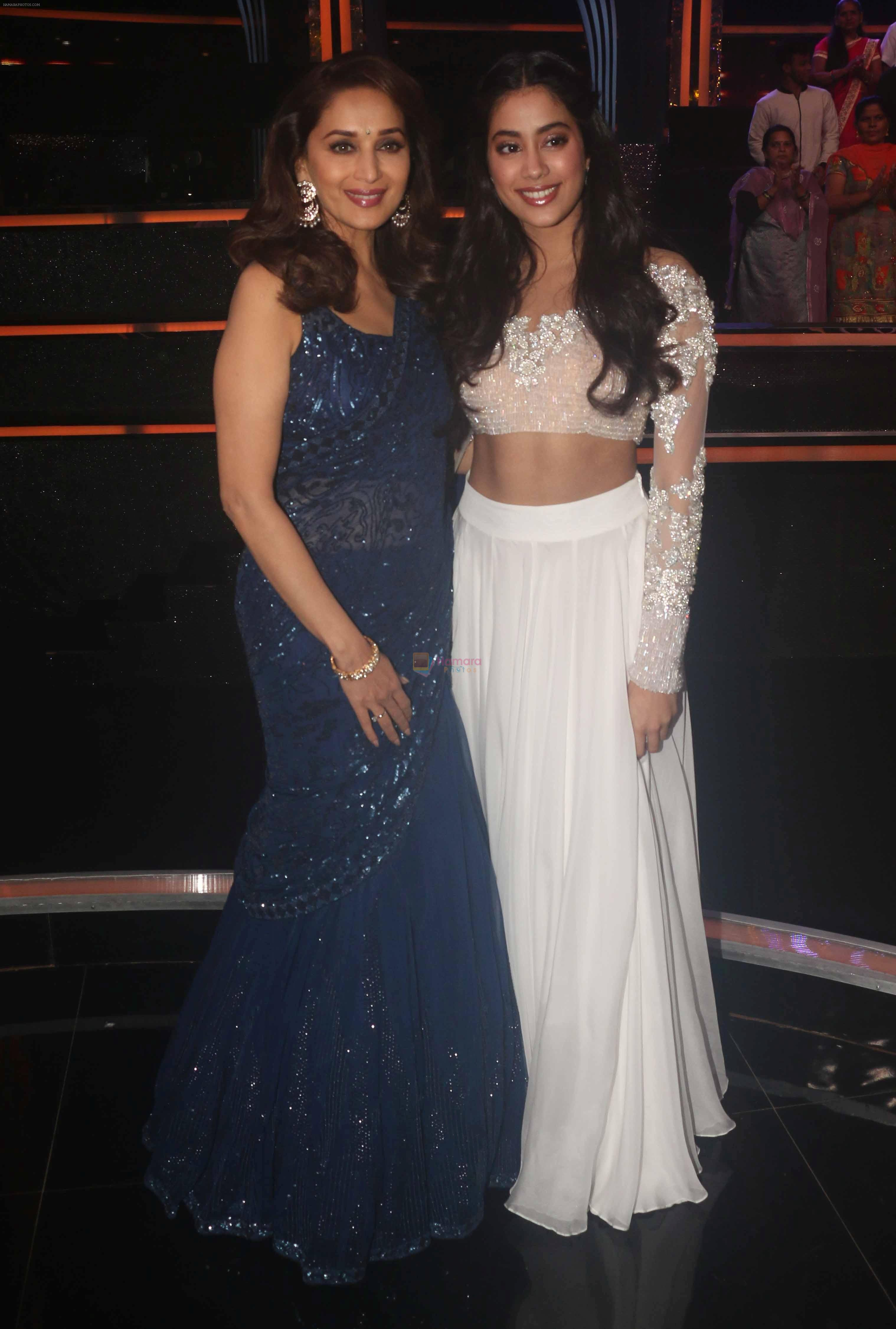 Madhuri Dixit, Janhvi Kapoor on the sets of colors Dance Deewane in filmcity on 10th July 2018
