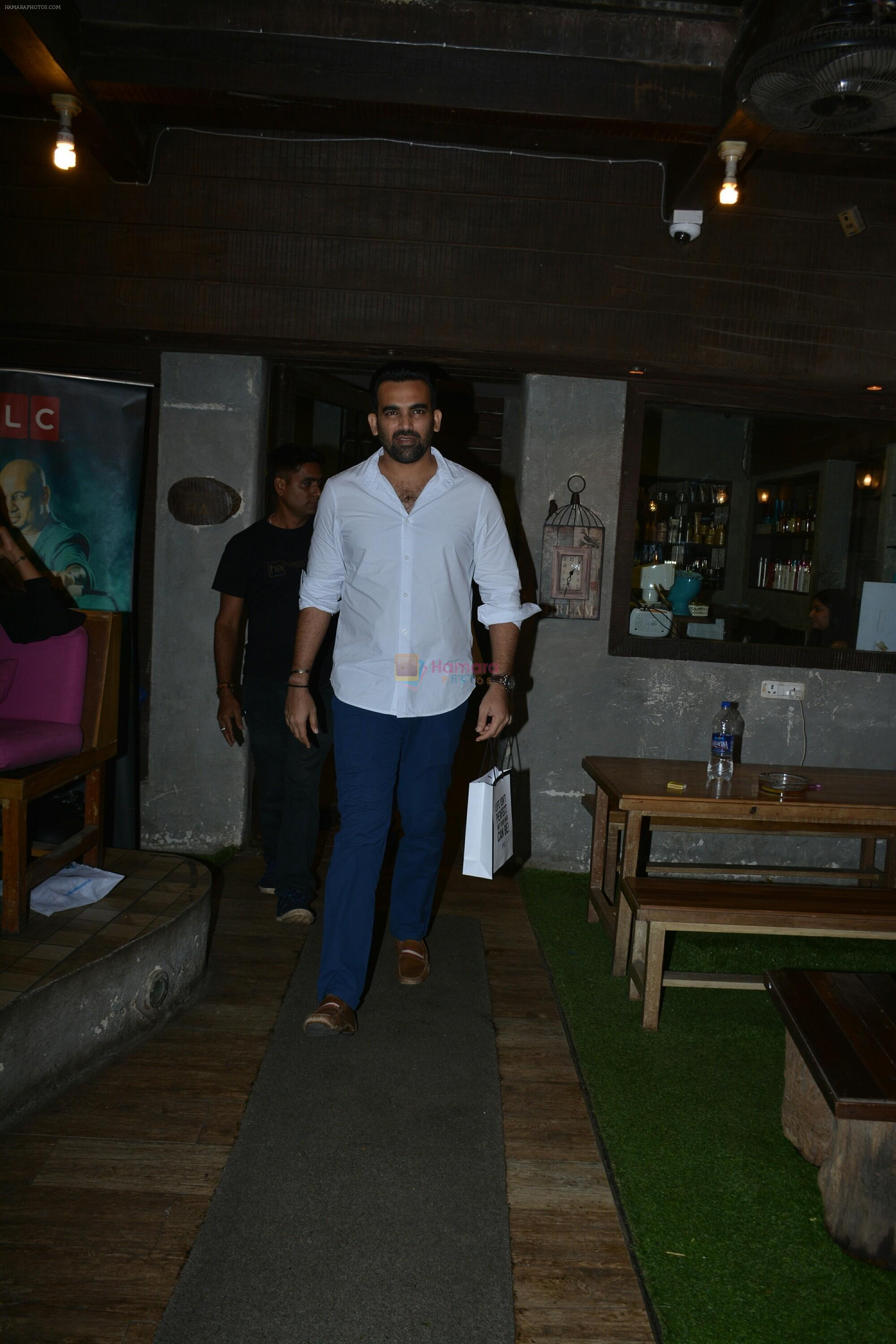 Zaheer khan spotted at bandra on 11th July 2018