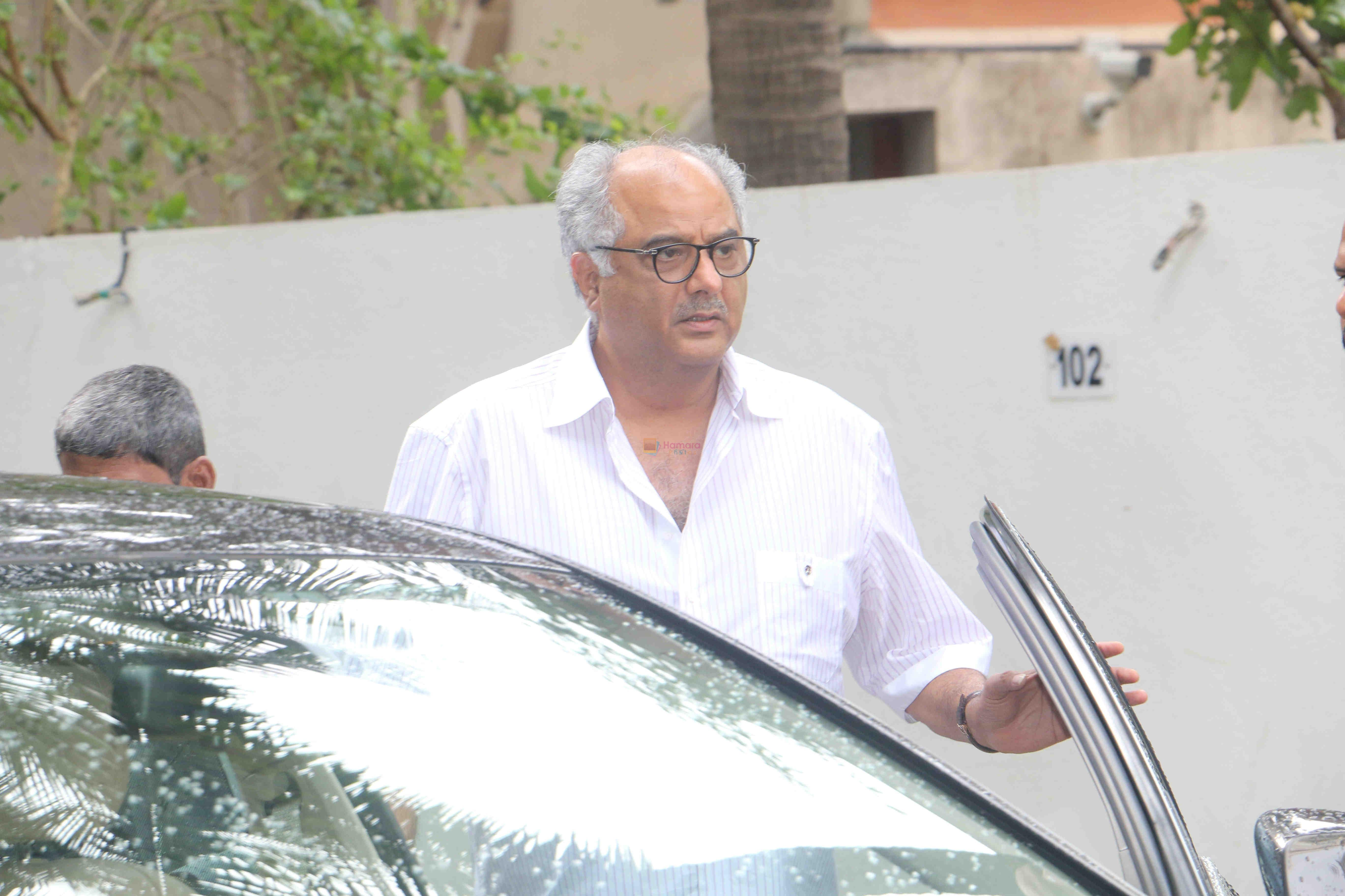 Boney Kapoor Celebrates Raksha Bandhan At Sanjay Kapoor's House In Juhu on 26th Aug 2018