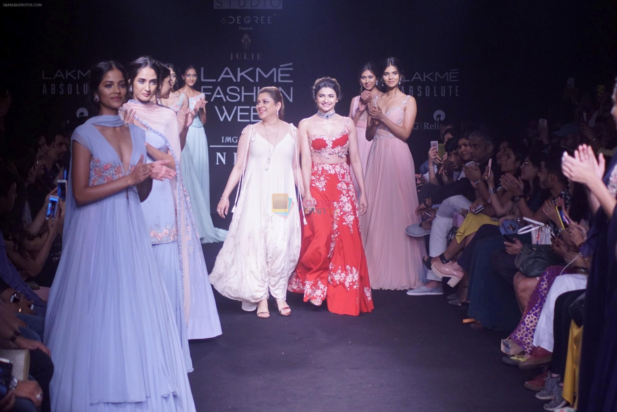 Prachi Desai walk the ramp for 6 degree studio Show at lakme fashion week on 27th Aug 2018