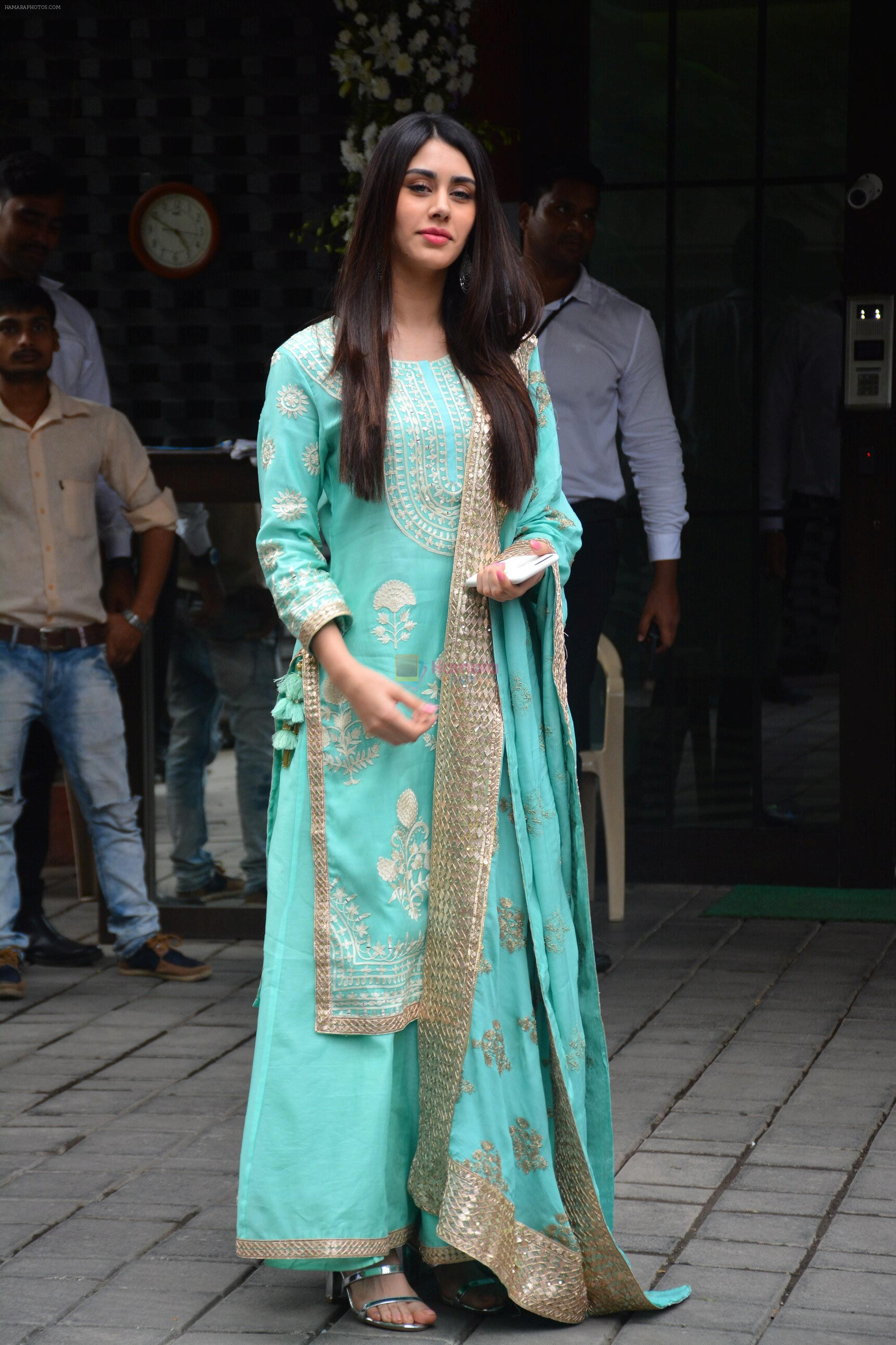 Warina Hussain at Arpita Khan's Ganpati Immersion at bandra on 14th Sept 2018