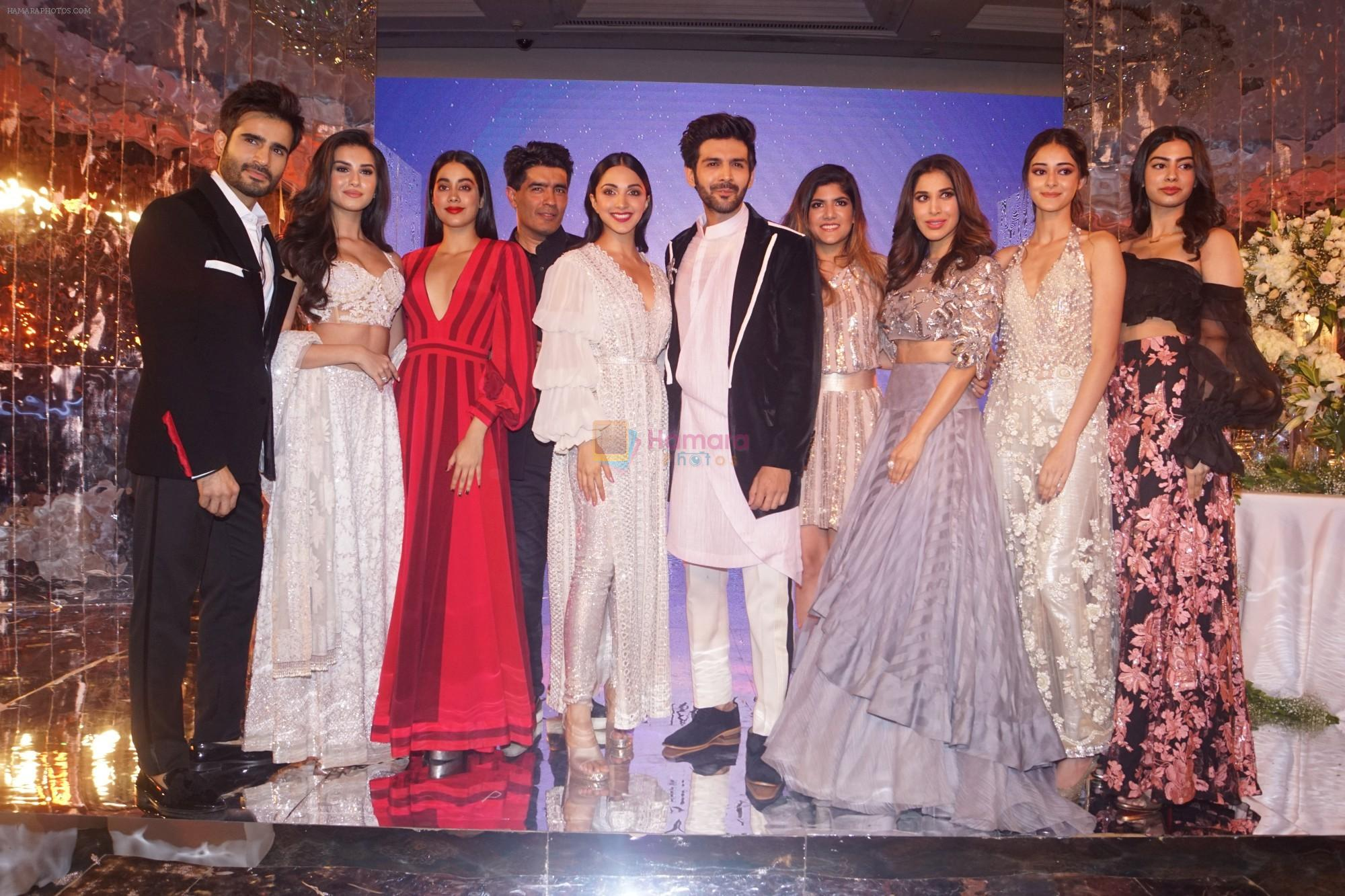 Kartik Aaryan, Kiara Advani, Janhvi Kapoor, Khushi Kapoor, Ananya Pandey, Sophie Choudry, Karan Tacker at Manish Malhotra's Buy Now,See Now Collection on 25th Oct 2018