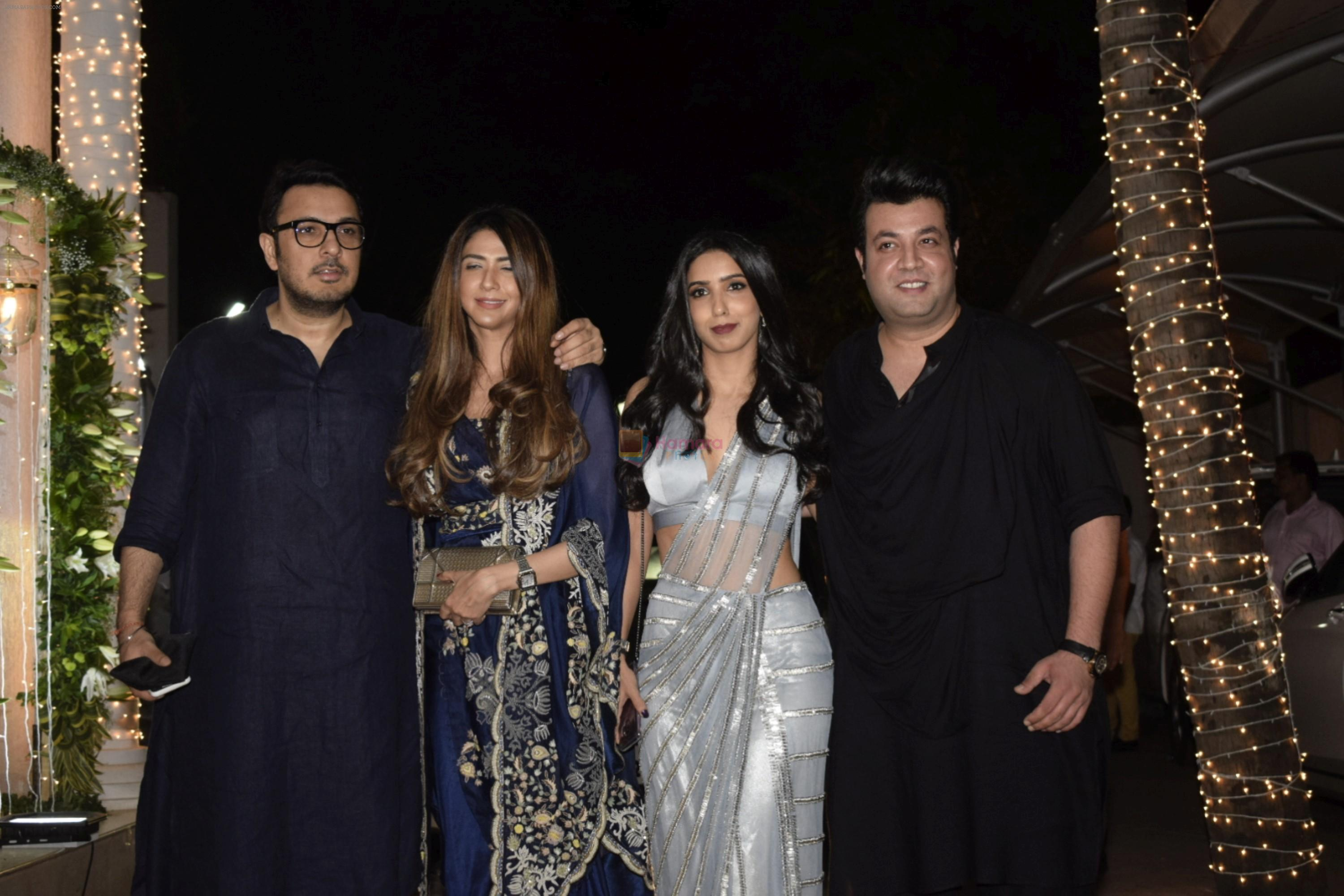 Dinesh Vijan, Varun Sharma at Shilpa Shetty's Diwali party at juhu on 4th Nov 2018