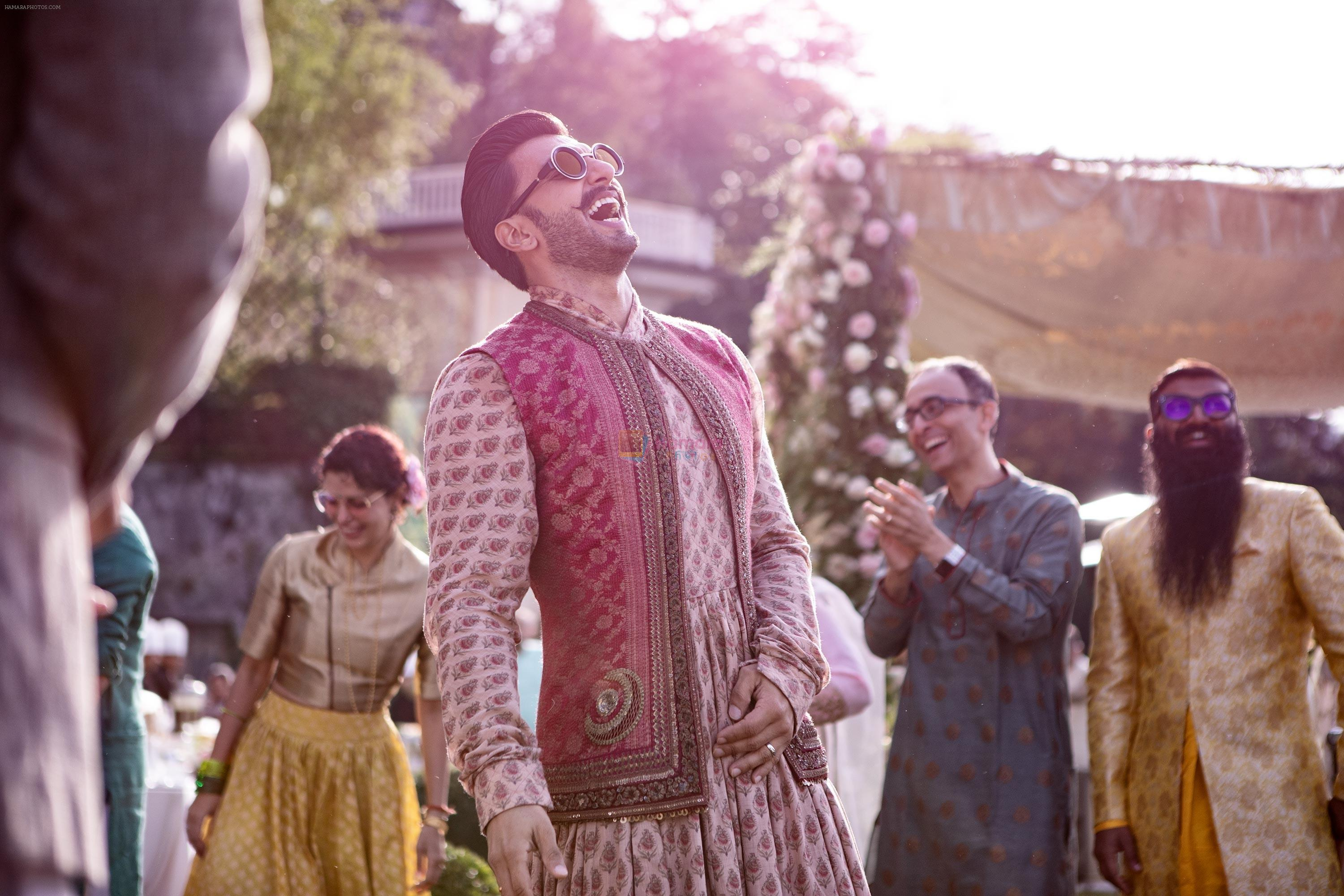 Ranveer laughing at the mehendi ceremony in Italy