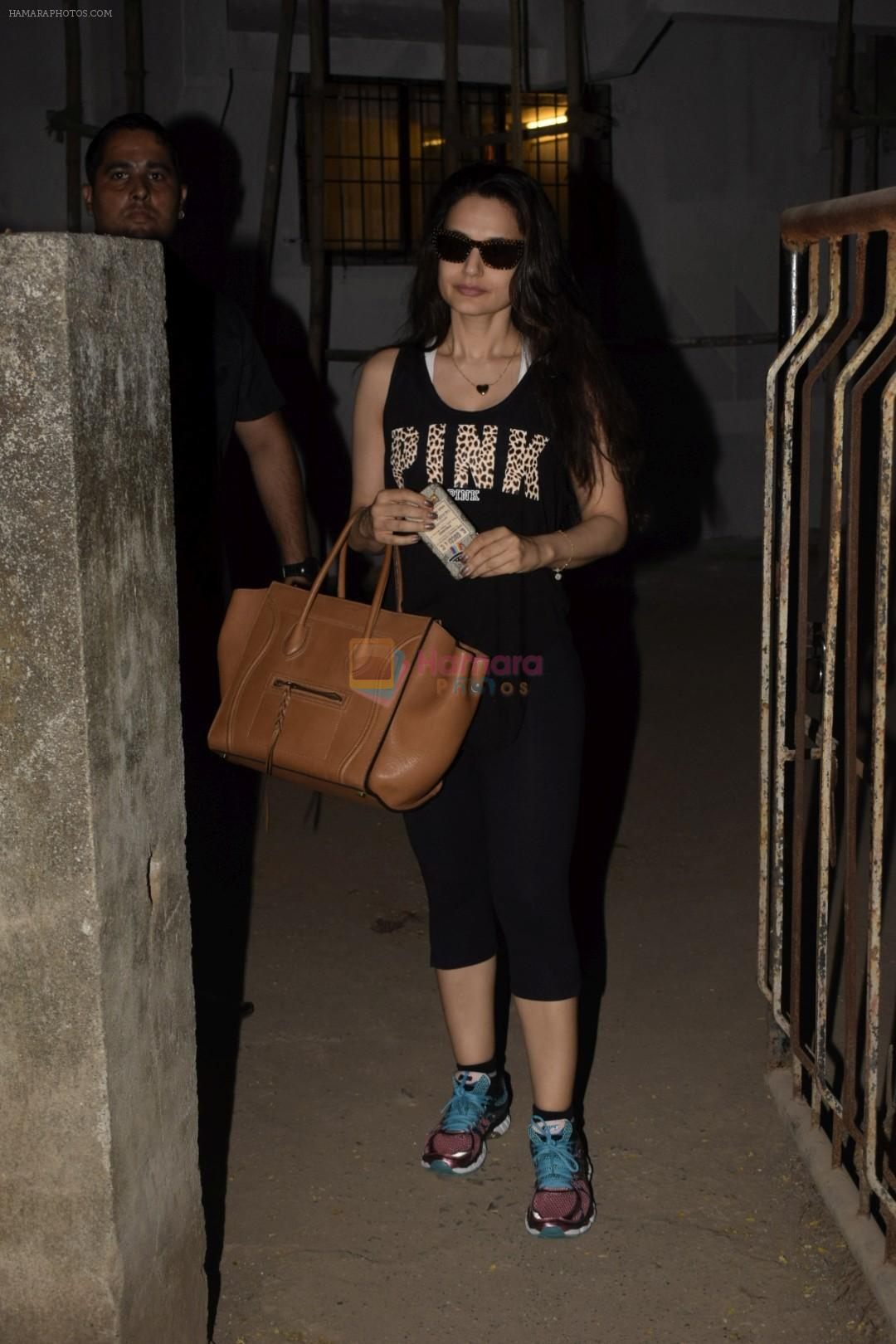 Ameesha Patel spotted at Kromkay salon in juhu on 27th Nov 2018