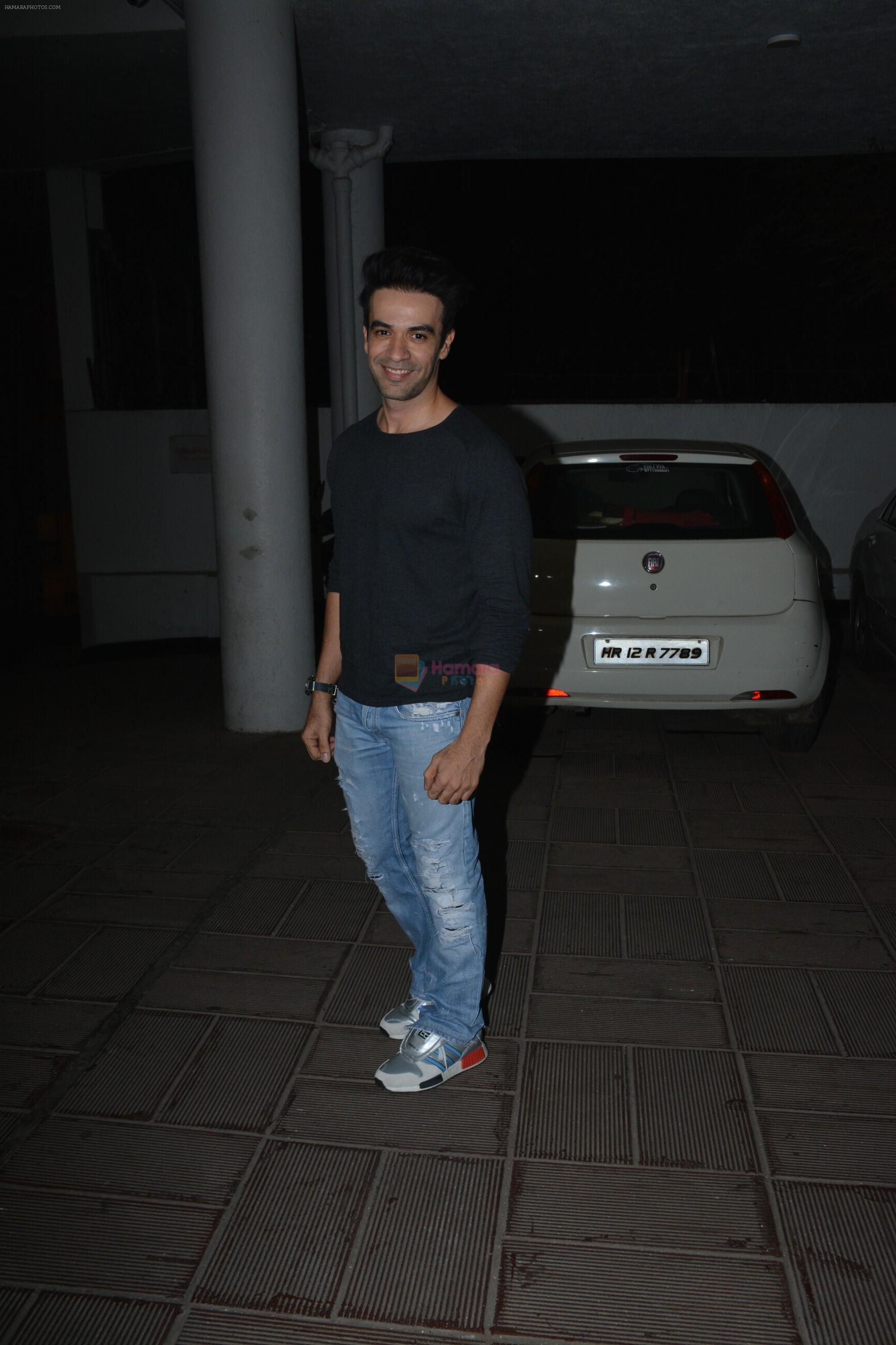 Punit Malhotra at Manish Malhotra's birthday party at his bandra residence on 4th Dec 2018
