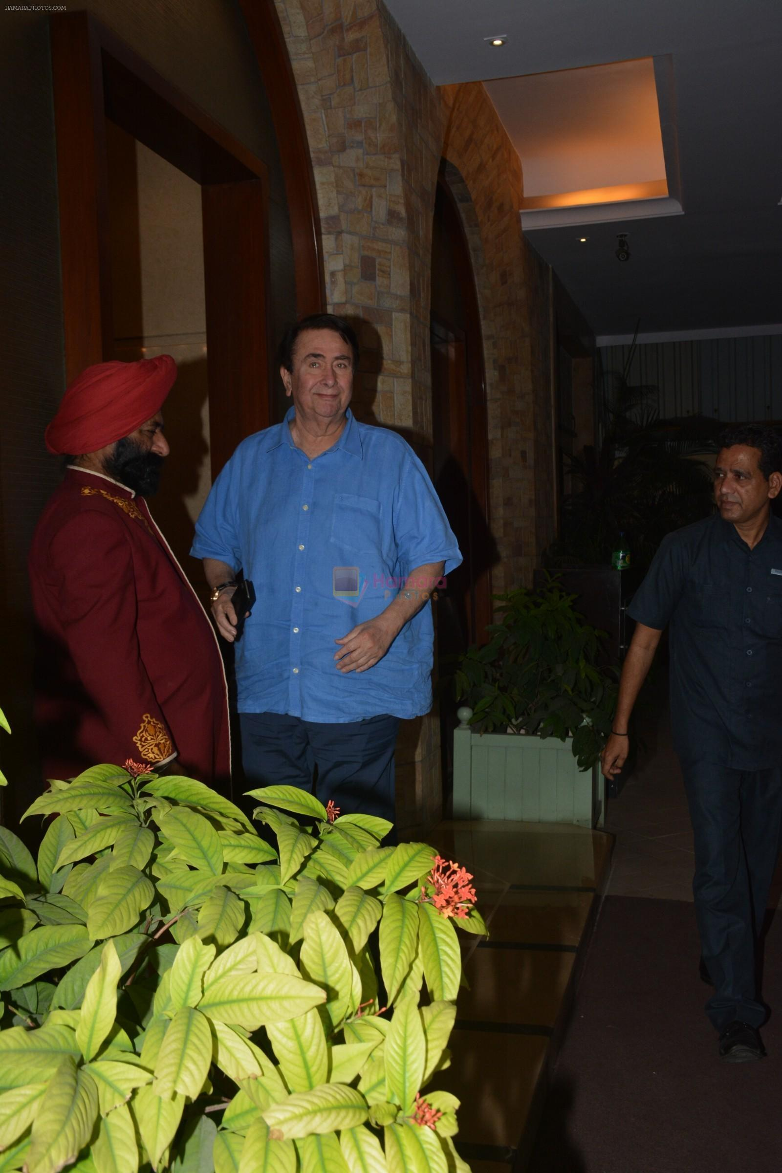 Randhir Kapoor at Taimur's birthday party in bandra on 7th Dec 2018