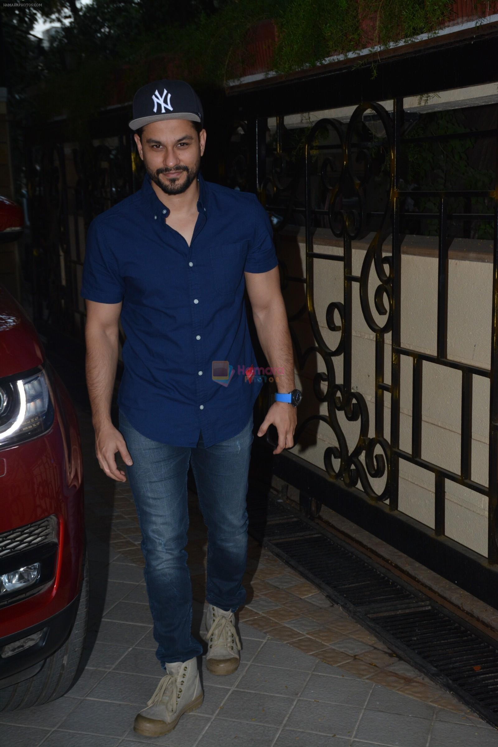 Kunal Khemu at Taimur's birthday party in bandra on 7th Dec 2018